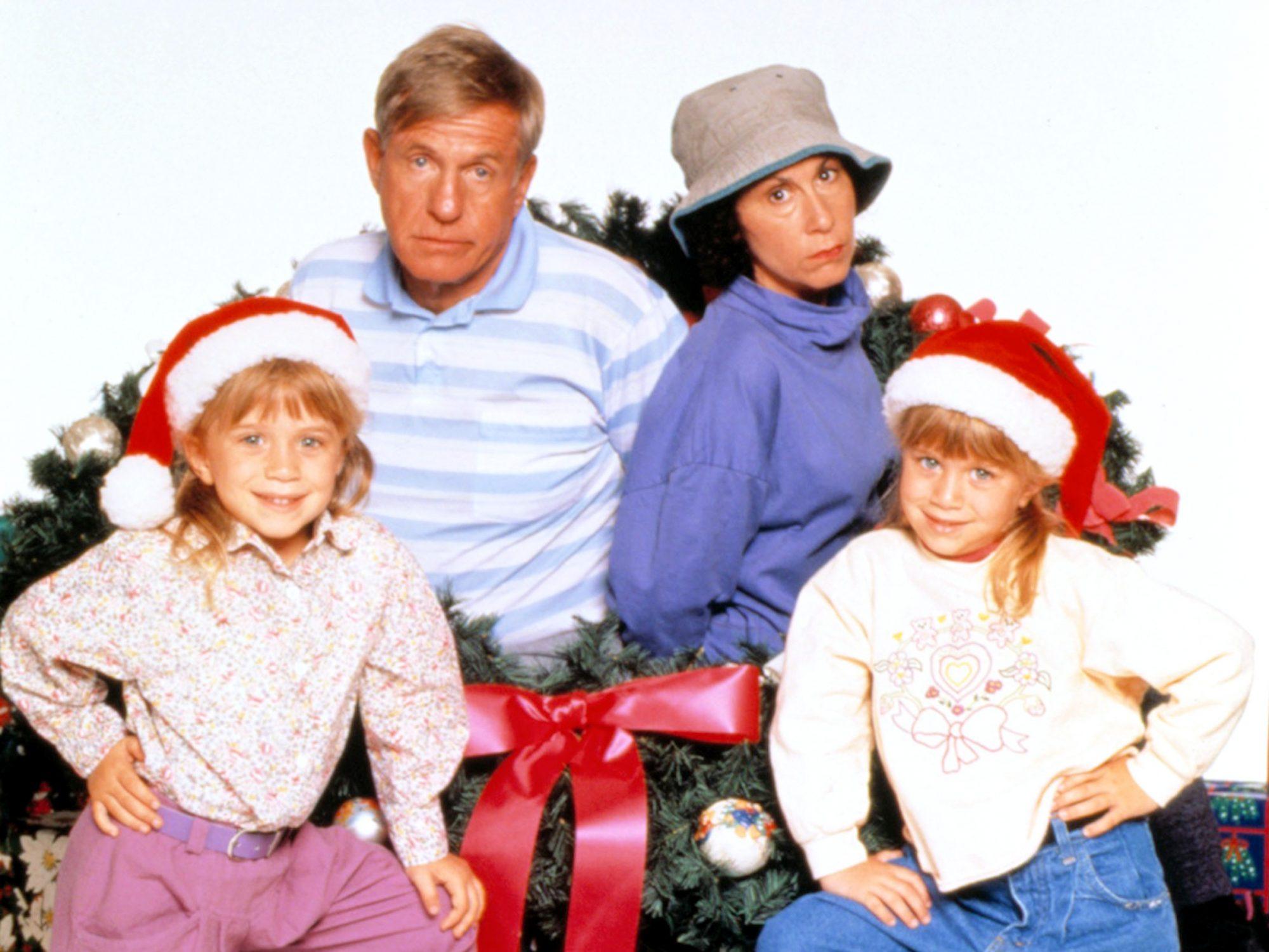 TO GRANDMOTHER'S HOUSE WE GO, Olsen Twins (Mary Kate & Ashley), Jerry Van Dyke, Rhea Perlman, 1992