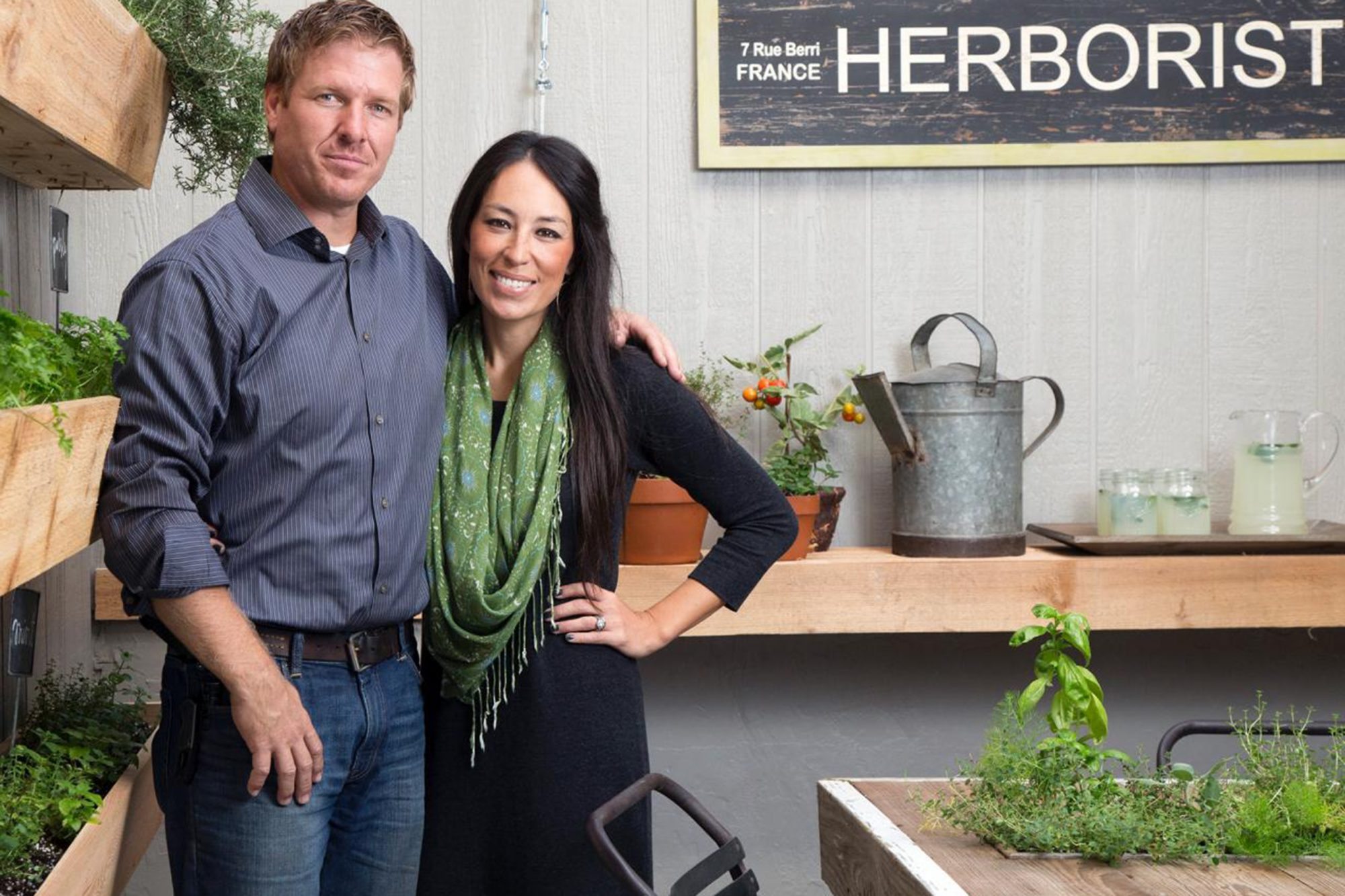 bp_hfxup103h_fixer-upper-hosts-chip-and-jo-113143-278629_h-jpg-rend-hgtvcom-1280-960