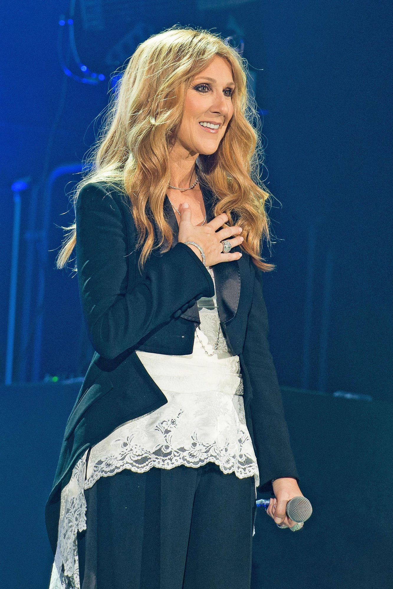 Celine Dion Celine Dion Performs At AccorHotels Arena Bercy In Paris
