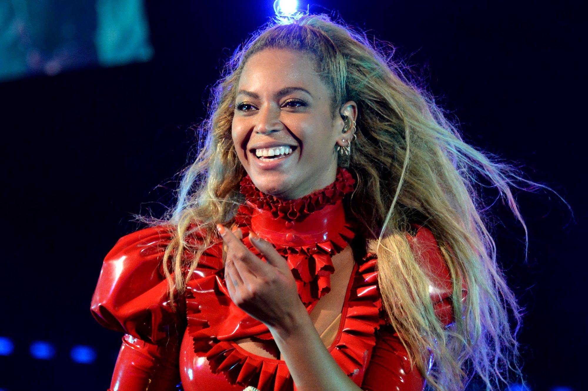 "Beyonce ""The Formation World Tour"" - Santa Clara"