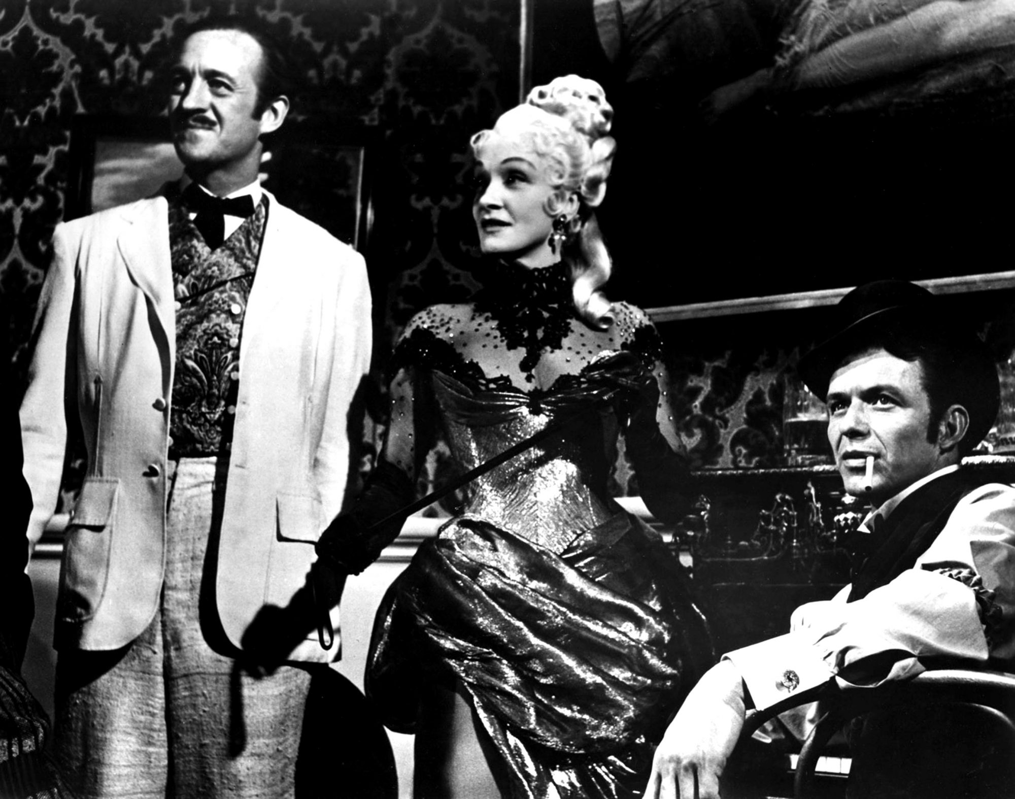 AROUND THE WORLD IN 80 DAYS, (aka AROUND THE WORLD IN EIGHTY DAYS), David Niven, Marlene Dietrich, F