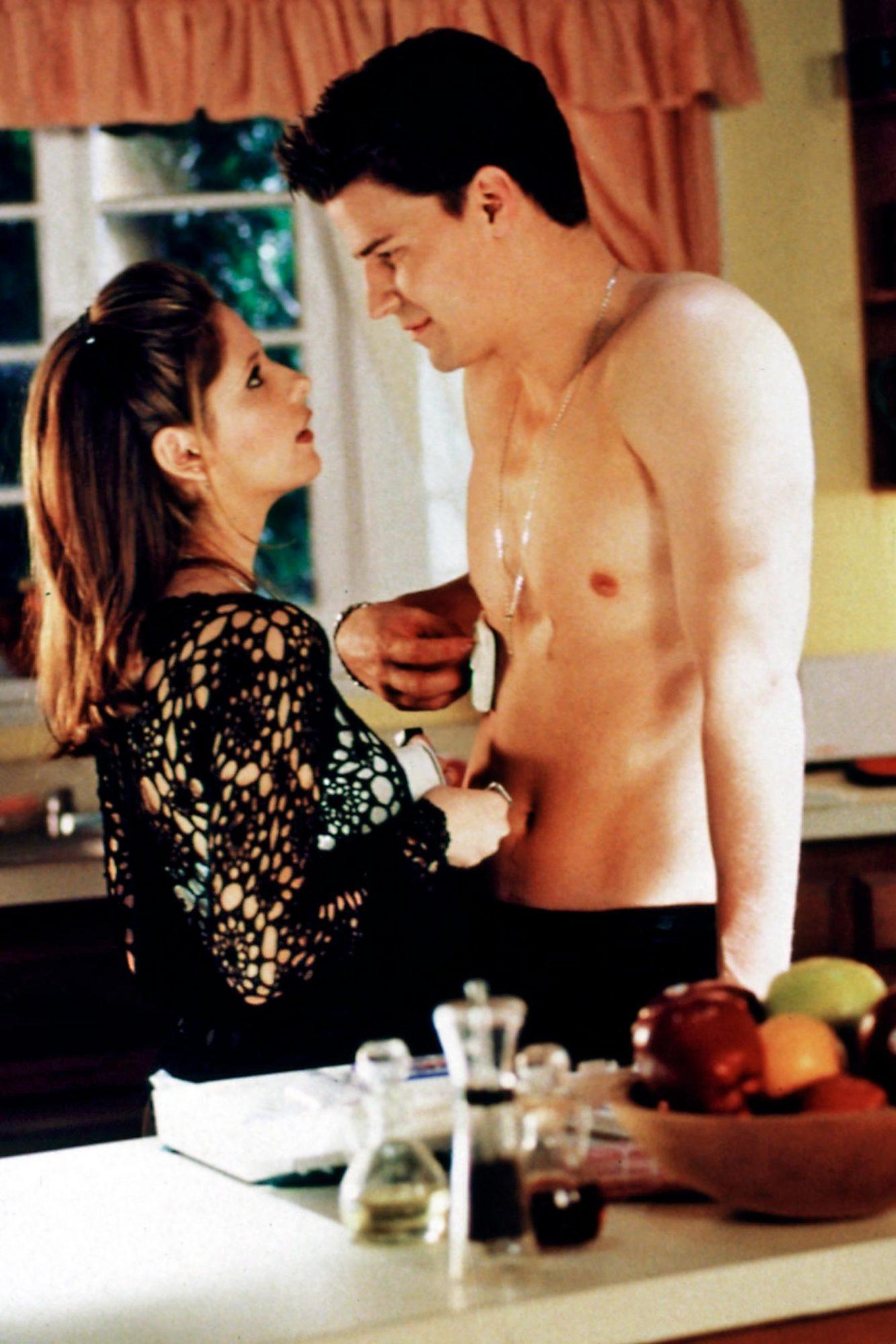 "BUFFY THE VAMPIRE SLAYER, Sarah Michelle Gellar, David Boreanaz, 1997-2003, episode ""Angel"", aired 4"