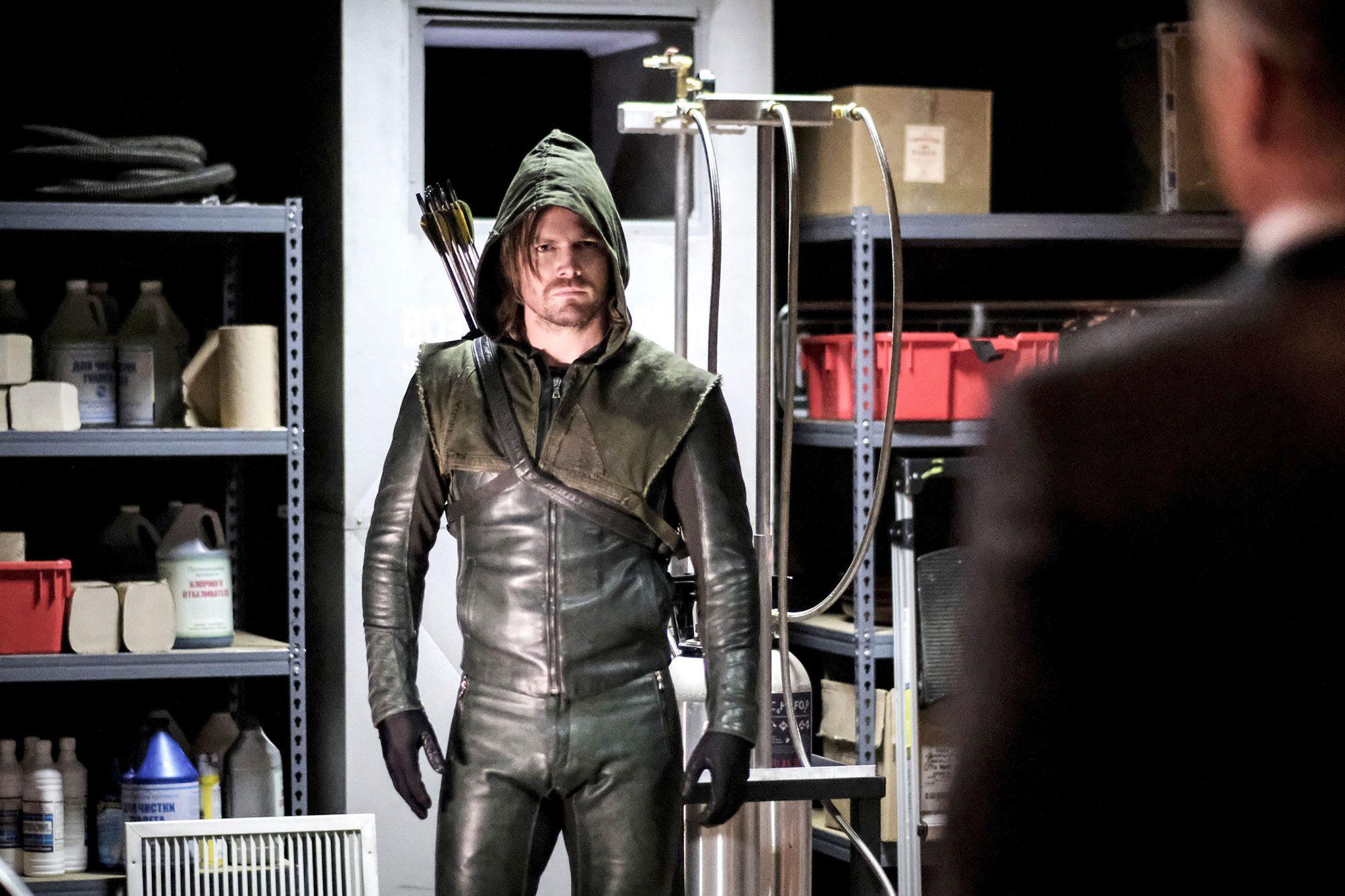 """Arrow -- """"Kapiushon"""""""