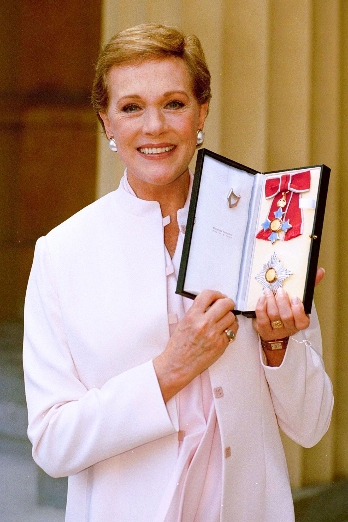 Dame Julie Andrews, Dbe