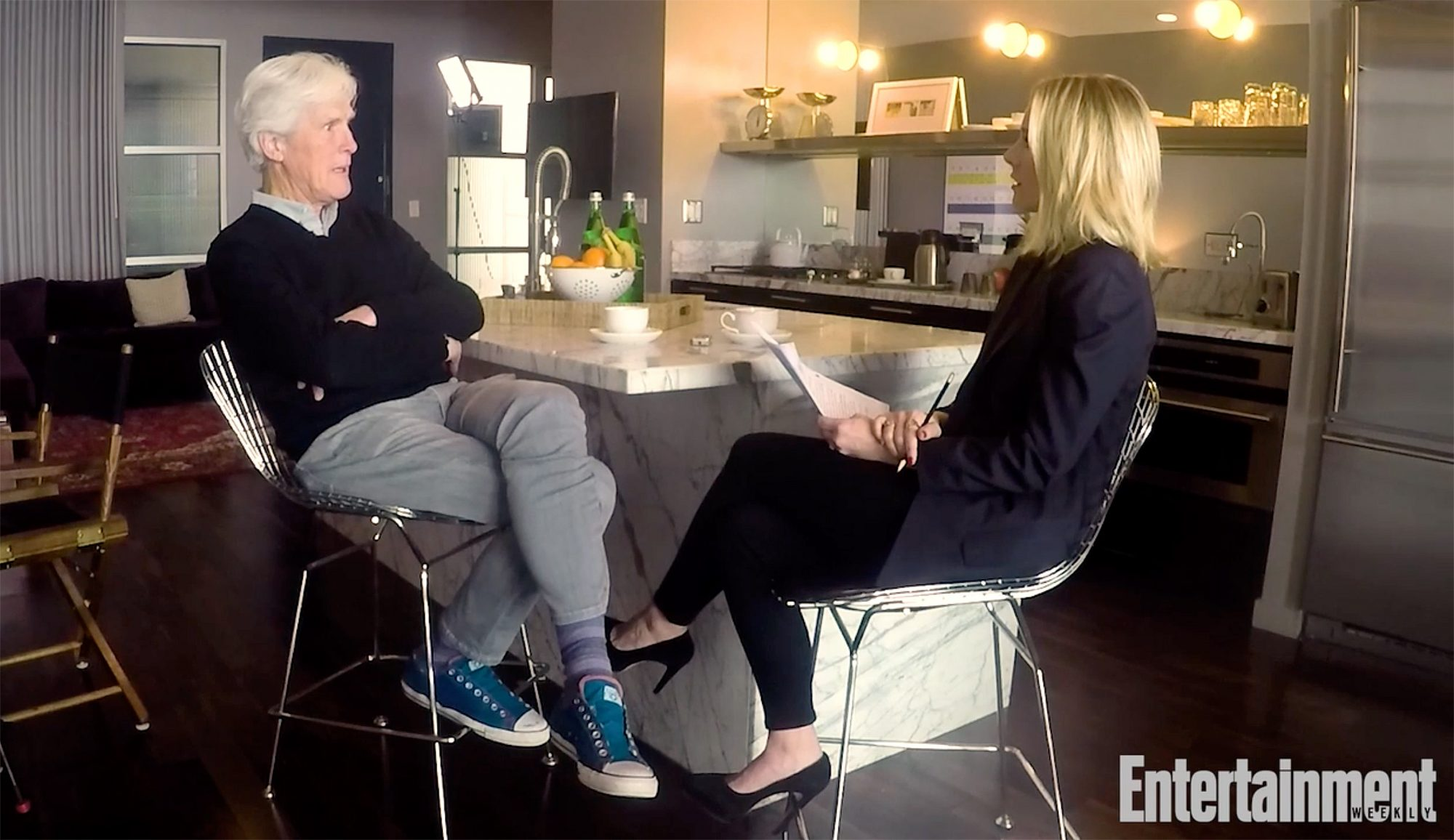 Kristen Bell interviewing Keith Morrison