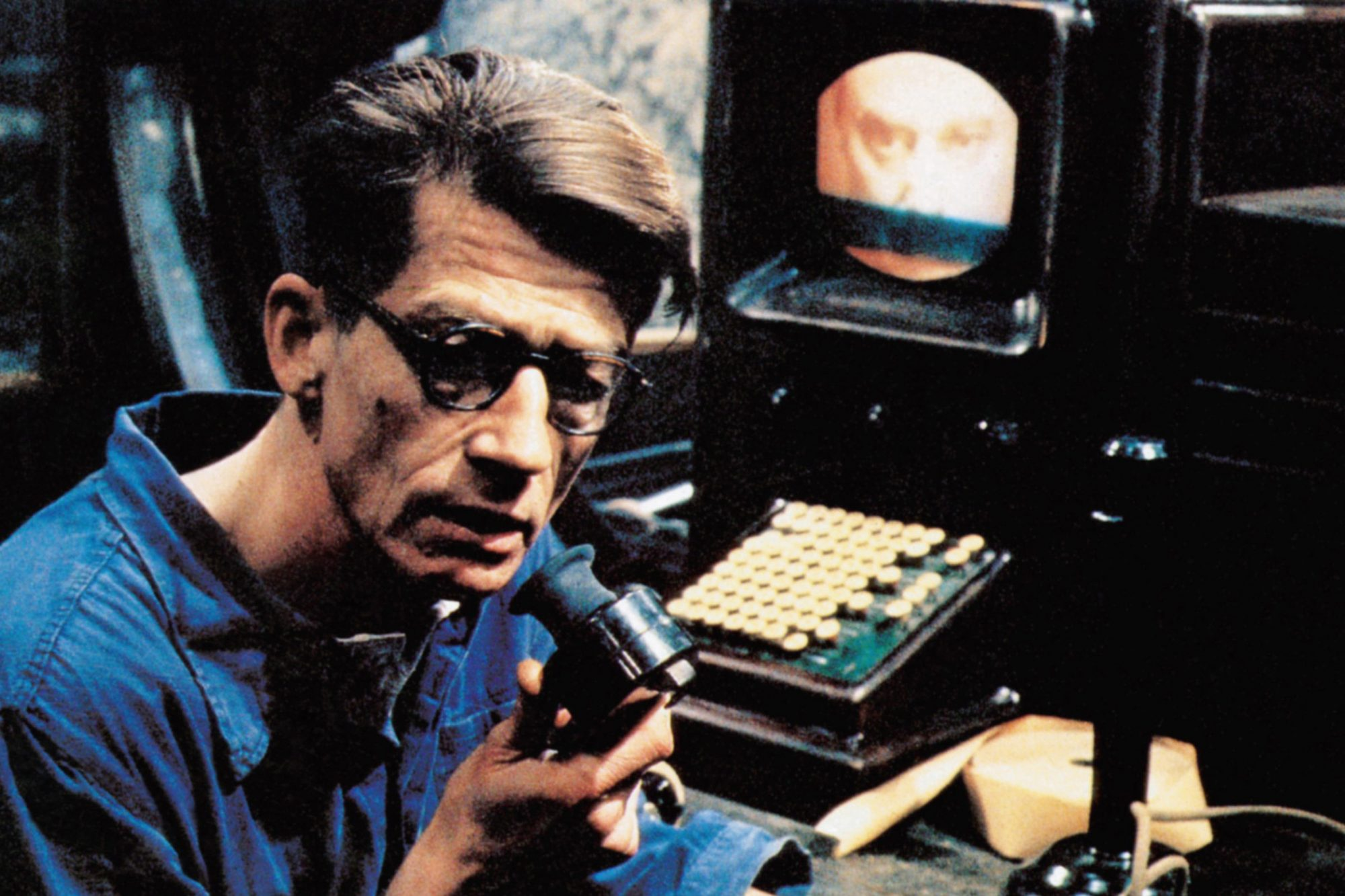 1984, (aka NINETEEN EIGHTY-FOUR), John Hurt, 1984. ©Atlantic Releasing/courtesy Everett Collection