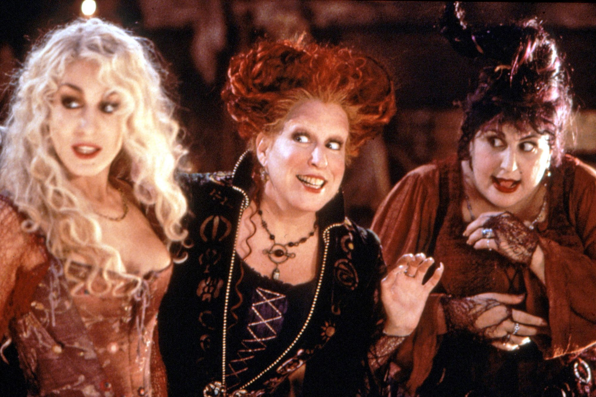 HOCUS POCUS, Sarah Jessica Parker, Bette Midler, Kathy Najimy, 1993, (c)Buena Vista Pictures/courtes