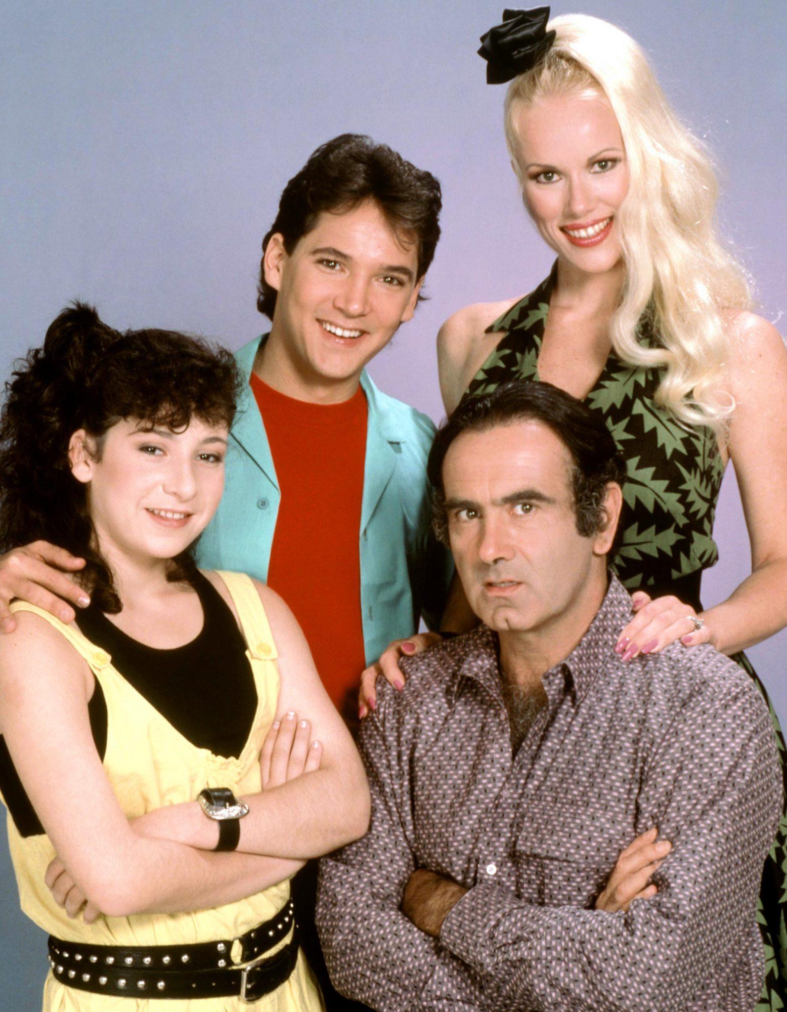 THE TORTELLIS, Mandy Ingber, Timothy Williams, Jean Kasem, Dan Hedaya, 1987