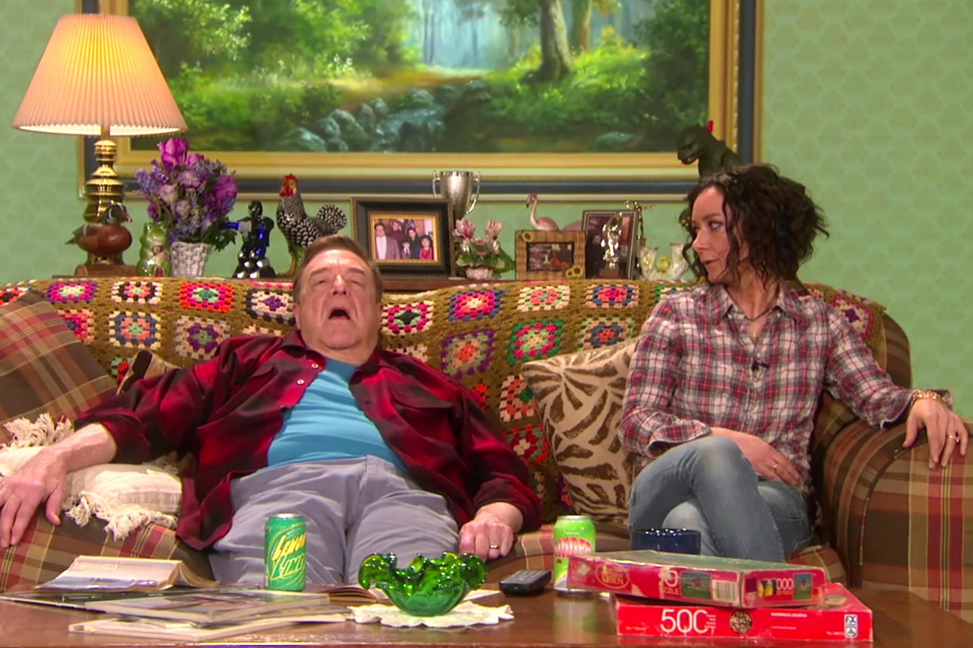 Sara Gilbert 'Comes Out' to John Goodman in 'Roseanne' Spoof on 'The Talk'