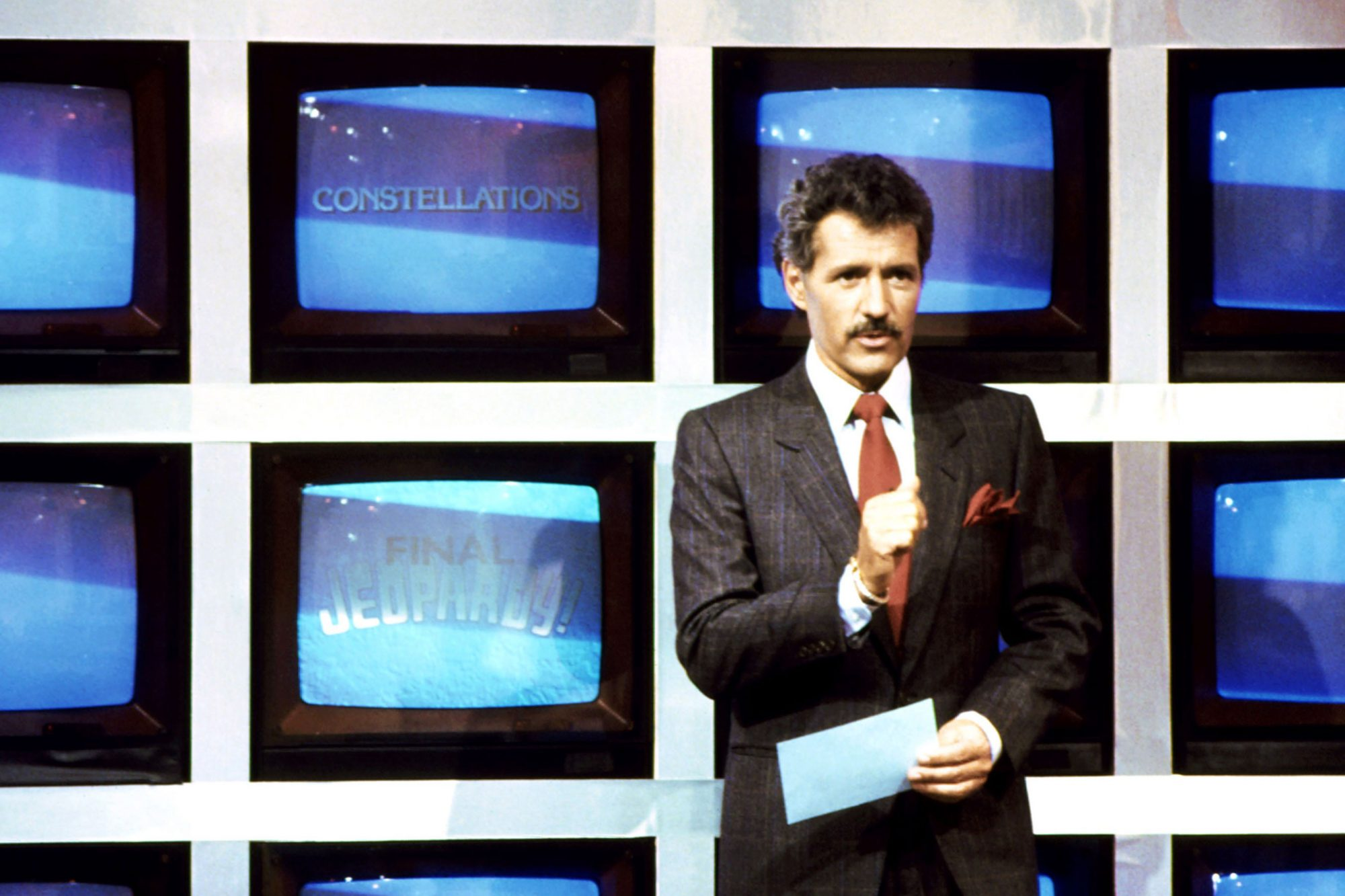 JEOPARDY!, host Alex Trebek (during 'Final Jeopardy' segment), 1984-, © ABC / Courtesy: Everett Coll