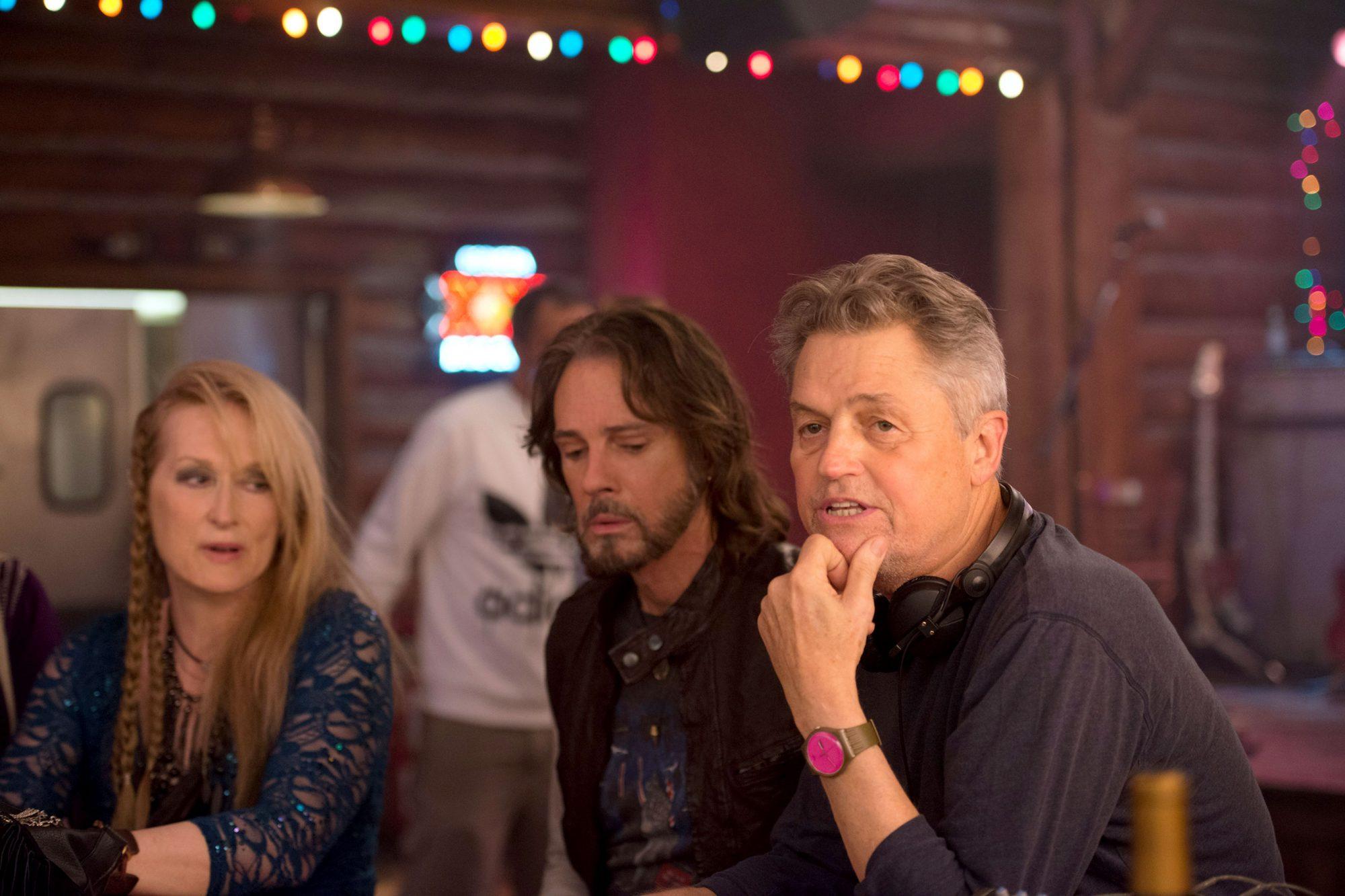 RICKI AND THE FLASH, l-r: Meryl Streep, Rick Springfield, director Jonathen Demme on set, 2015. ph: