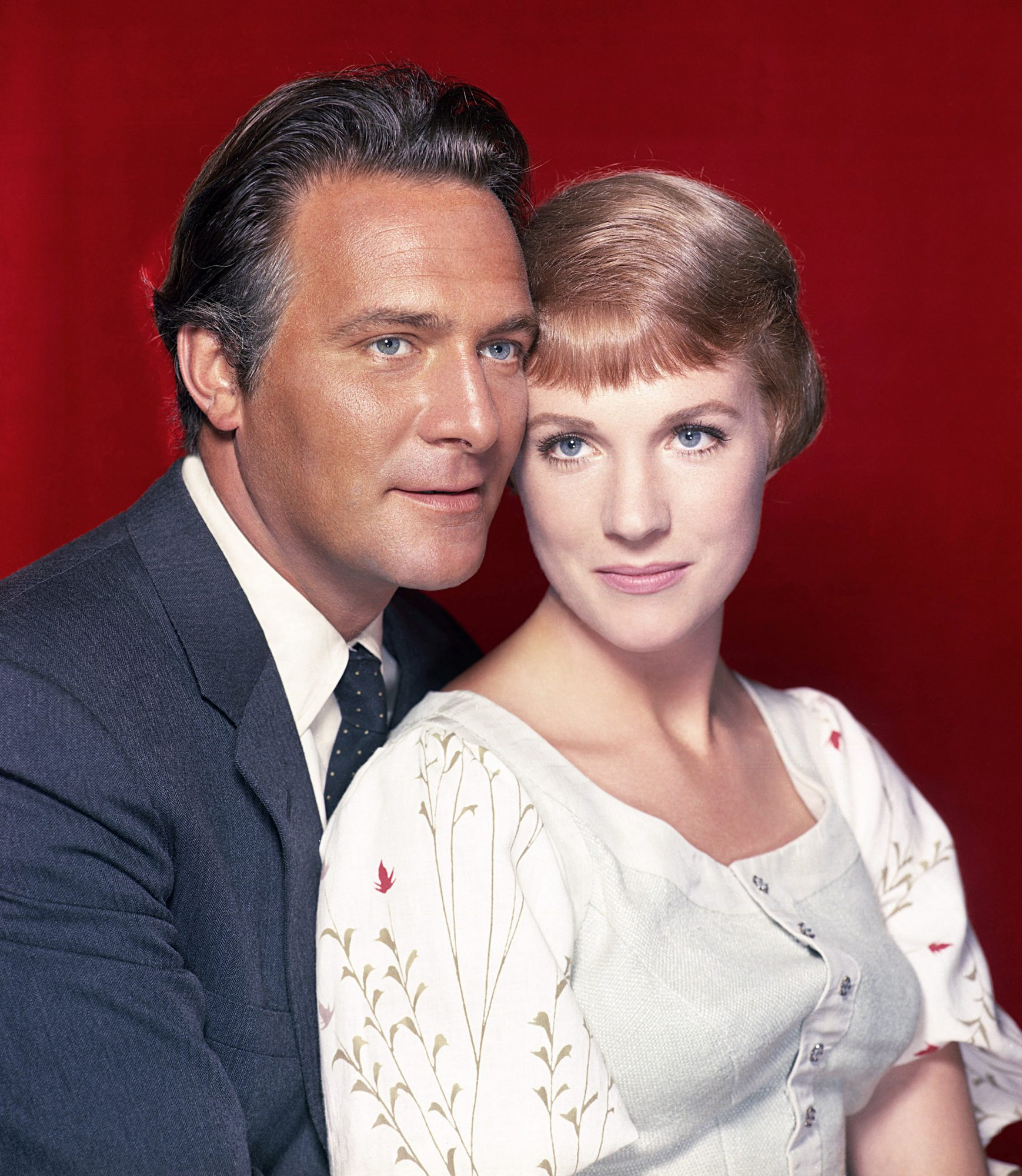 THE SOUND OF MUSIC, from left: Christopher Plummer, Julie Andrews, 1965. TM & Copyright ©20th