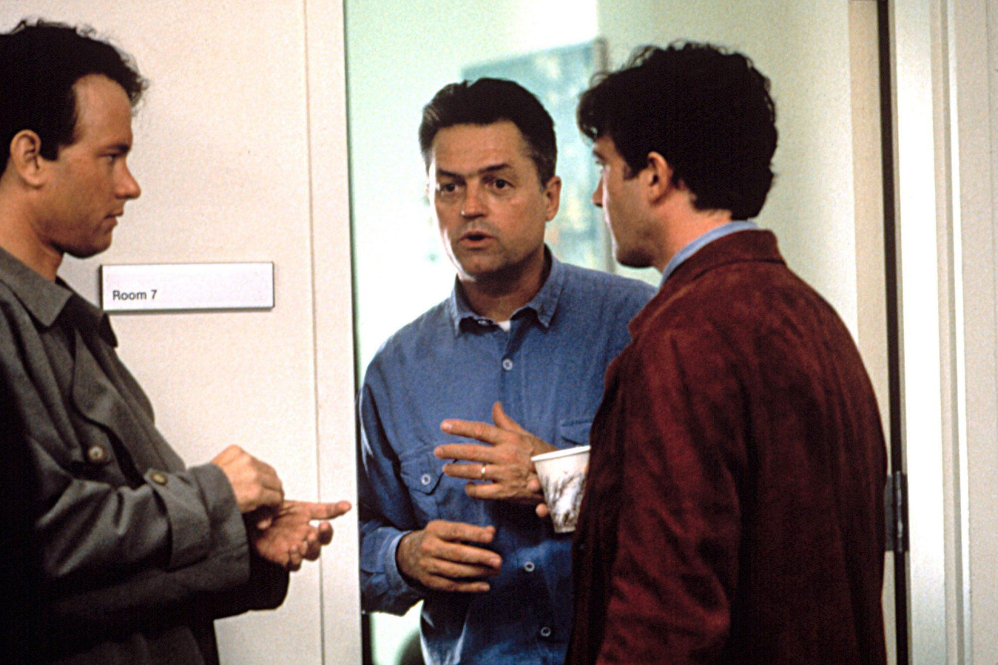 PHILADELPHIA, Tom Hanks, director Jonathan Demme, Antonio Banderas, 1993, (c)Tristar Pictures/courte