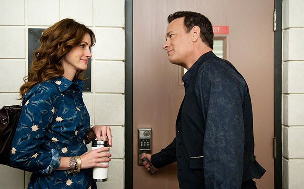 'Larry Crowne' - Tom Hanks had the whole set knitting for knitting enthusiast Julia Roberts