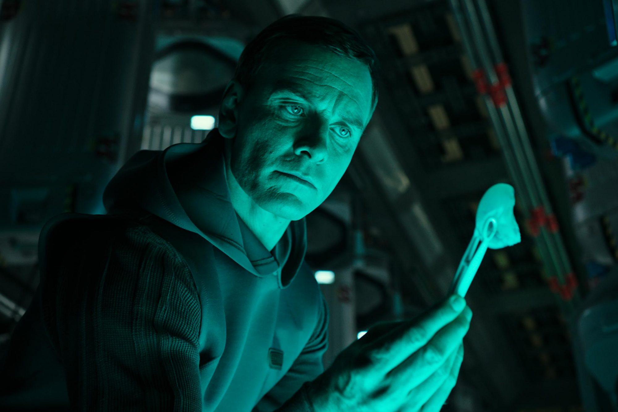 Alien: Covenant (2017)Michael Fassbender CR: Twentieth Century Fox