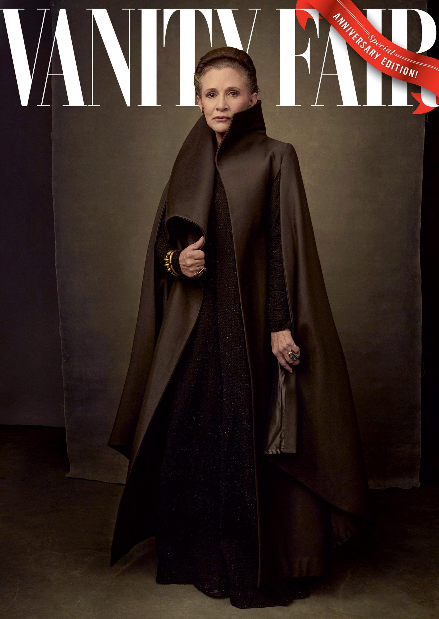 Annie-Leibovitz-06-COVER_with-logo-only_A