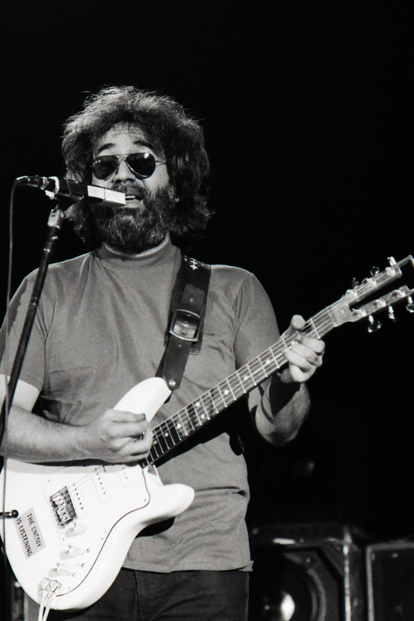 Grateful Dead at Barton Hall,  Cornell University,  May 8, 1977;  © Jon Reis / www.jonreis.com
