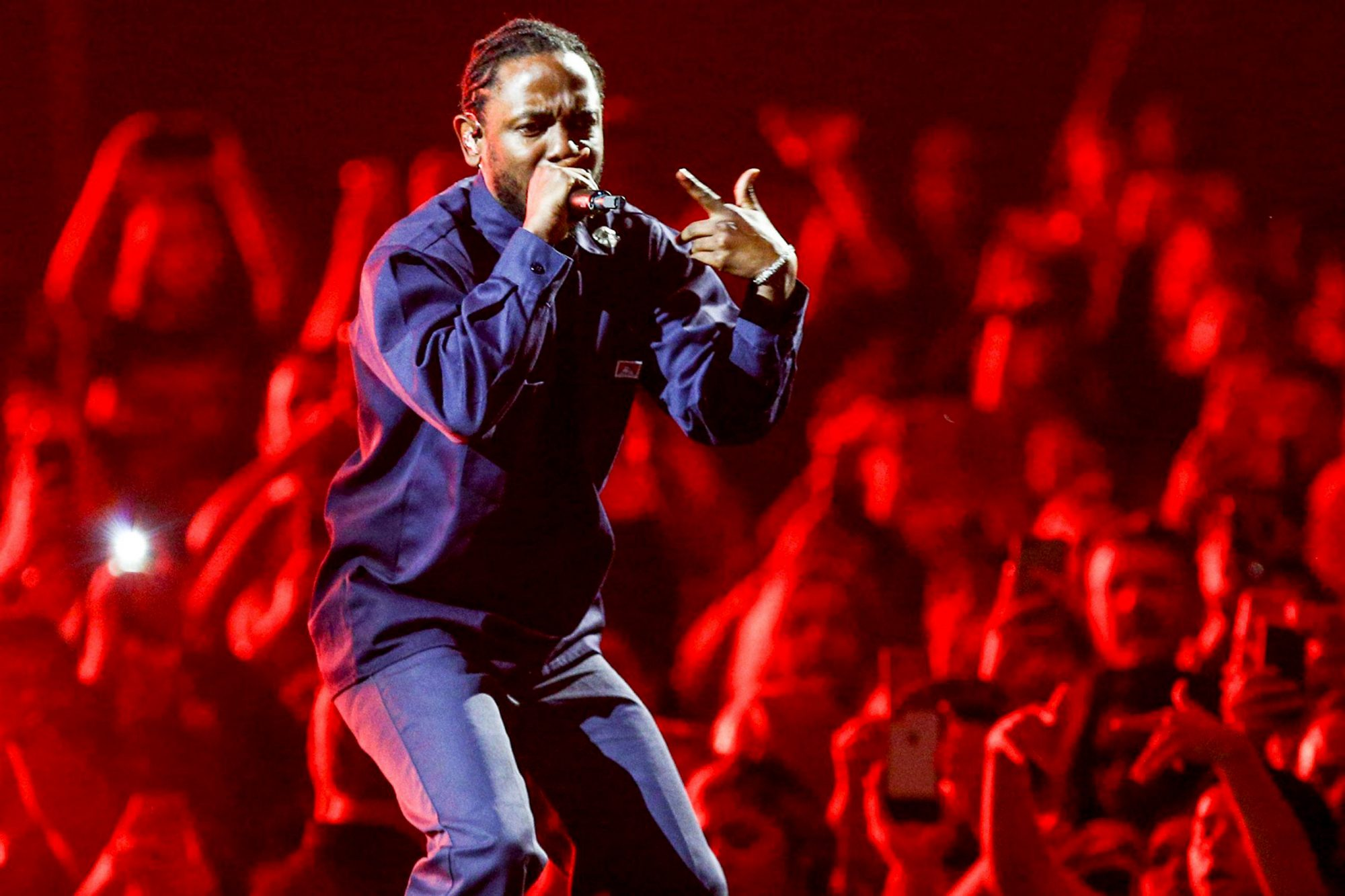 """Kendrick Lamar Joins The Weeknd During The """"Legends of The Fall Tour"""" At The Forum"""
