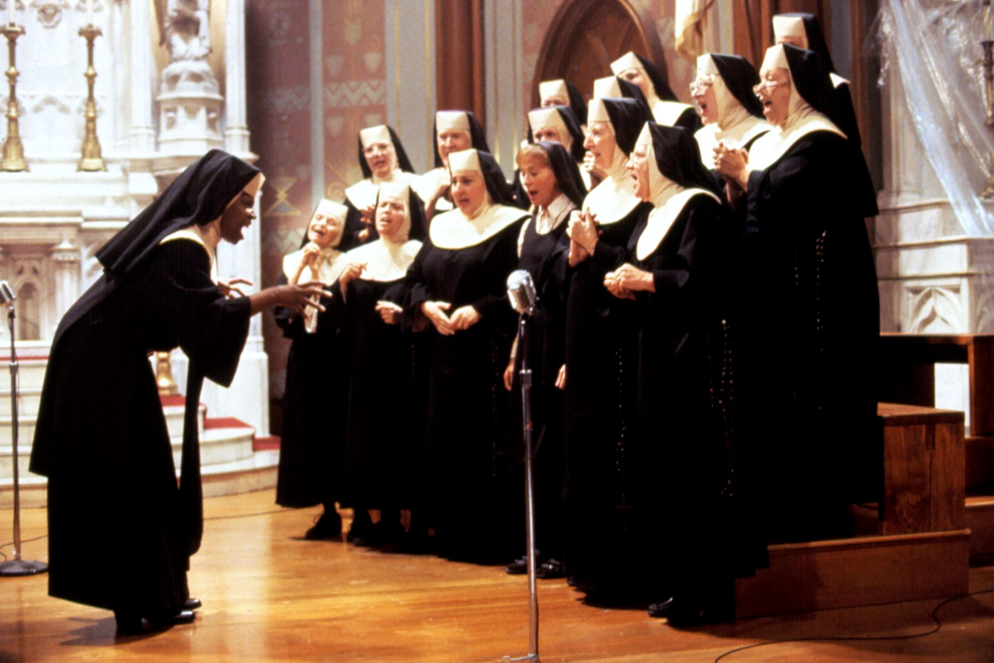 SISTER ACT, Whoopi Goldberg, 1992. (c) Buena Vista Pictures/ Courtesy: Everett Collection.