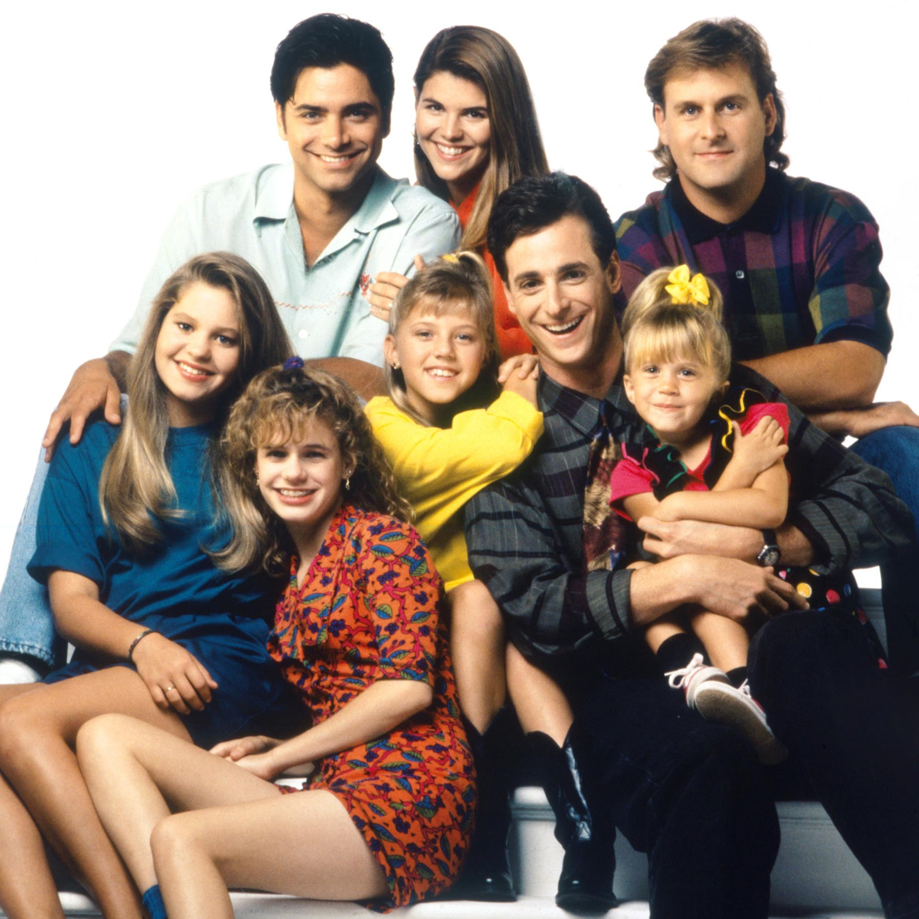 FULL HOUSE, (top, from left): John Stamos, Lori Loughlin, Dave Coulier, (bottom): Candace Cameron,
