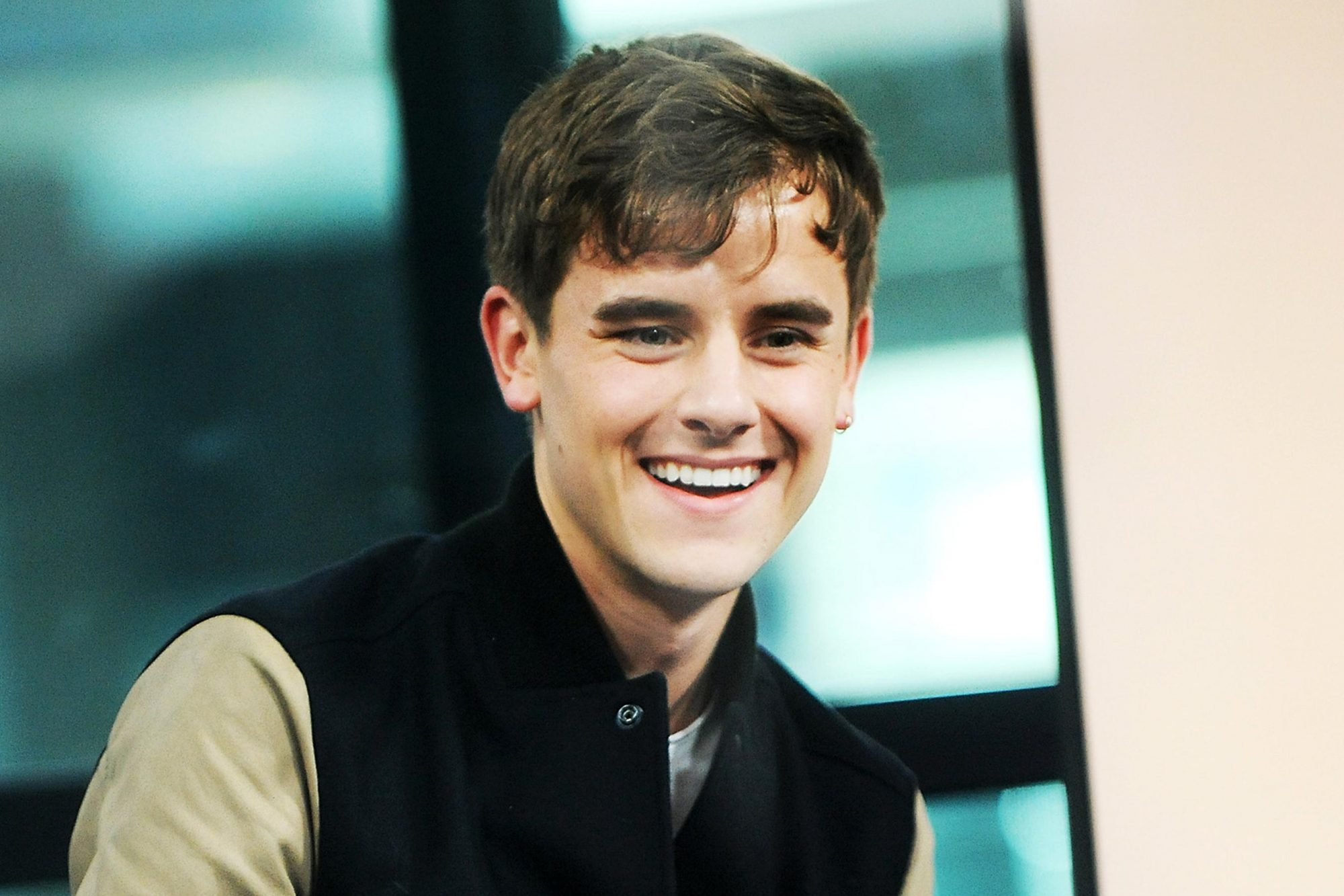 """Build Series Presents YouTube Personality Connor Franta Discussing His New Memoir """"Note To Self"""""""