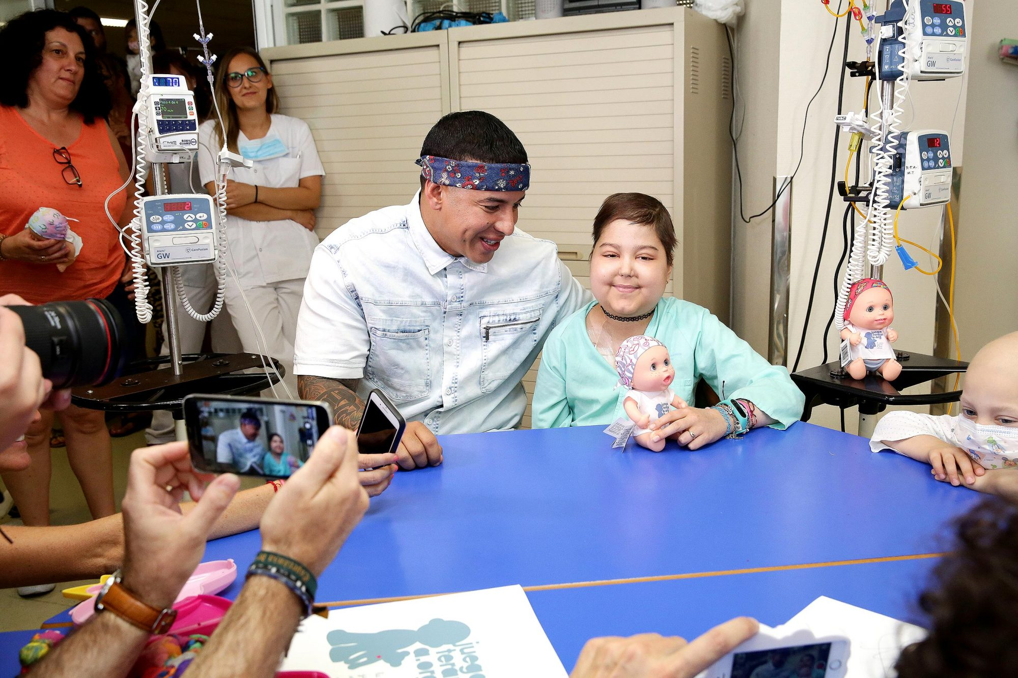 Daddy Yankee Visits Chidren At Childhood Oncology Area At La Paz Hospital