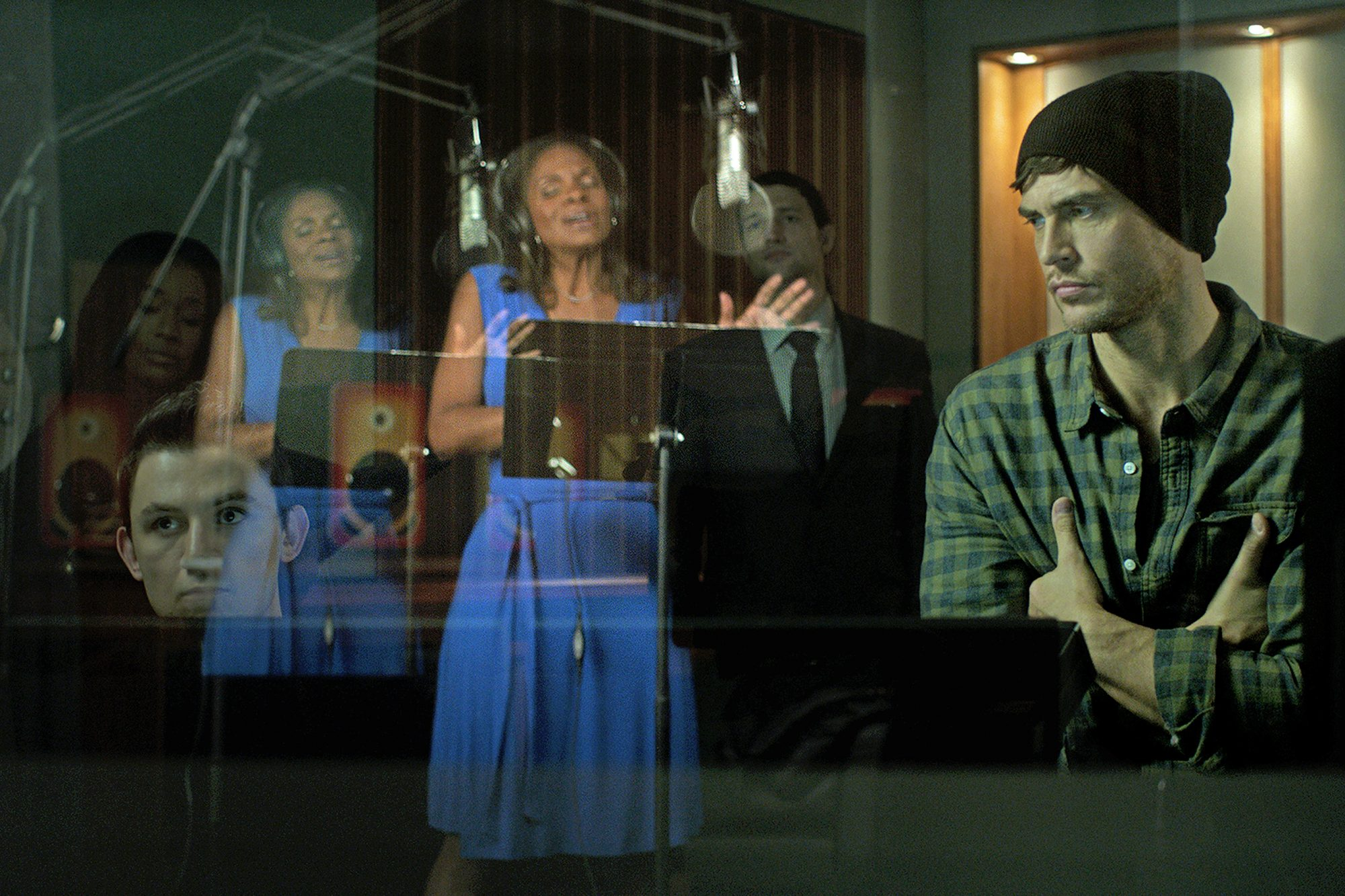 Hello-Again---production-still---Audra-McDonald,-Cheyenne-Jackson