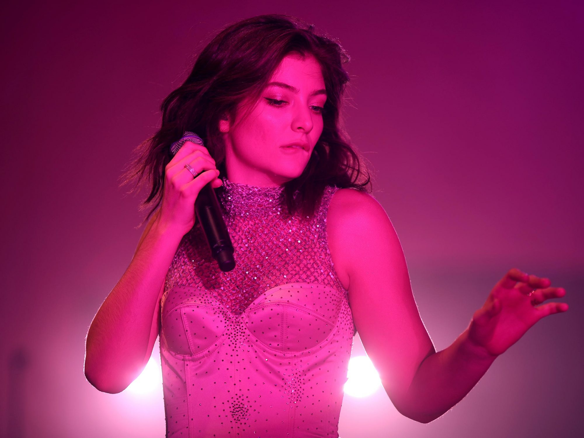 lorde-review-ew