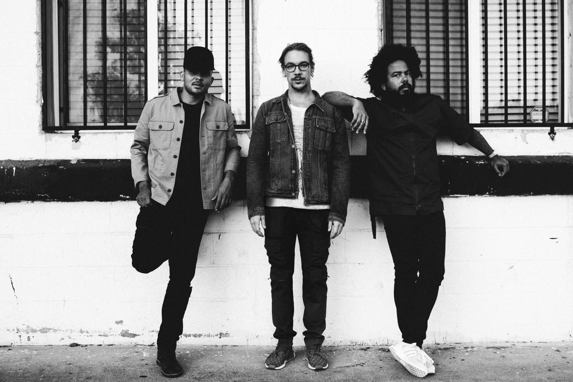 Major-Lazer---Know-No-Better-EP---Press-Shot