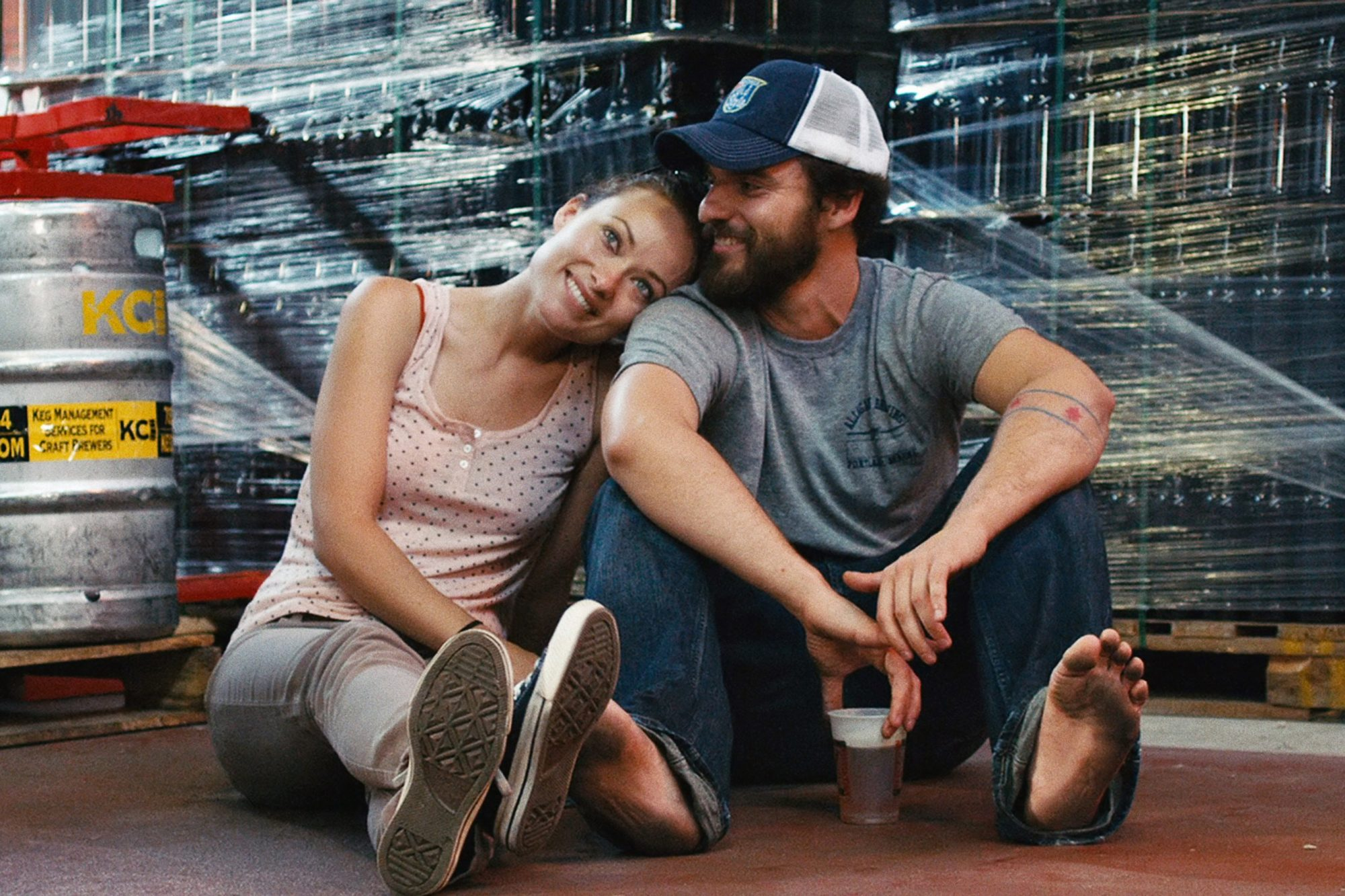 DRINKING BUDDIES, l-r: Olivia Wilde, Jake Johnson, 2013, ©Magnolia Pictures/courtesy Everett Collect