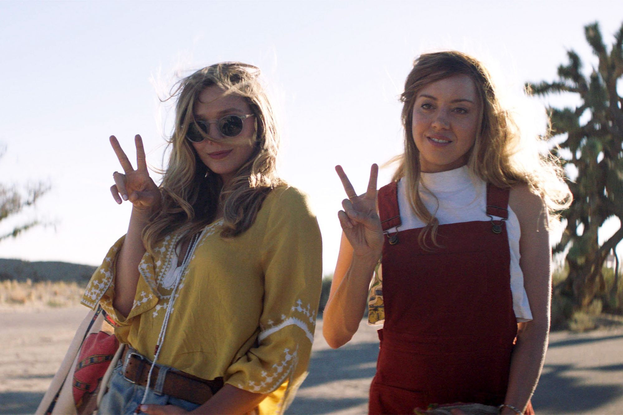 INGRID GOES WEST, l-r: Elizabeth Olsen, Aubrey Plaza, 2017. © Neon / courtesy Everett Collection