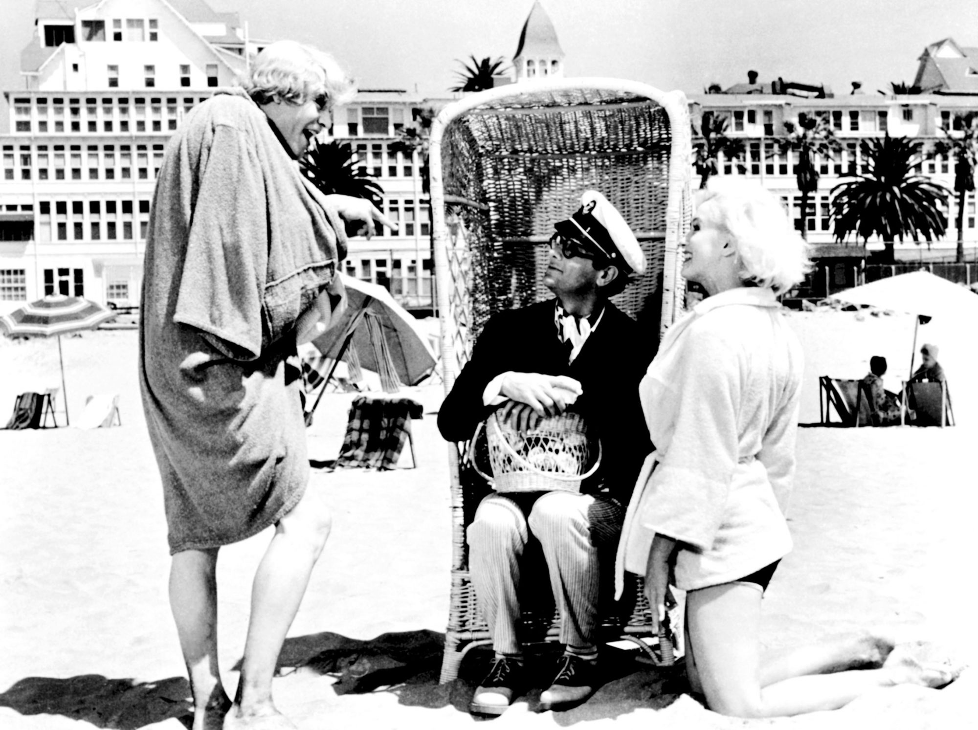 SOME LIKE IT HOT, Jack Lemmon, Tony Curtis, Marilyn Monroe, 1959