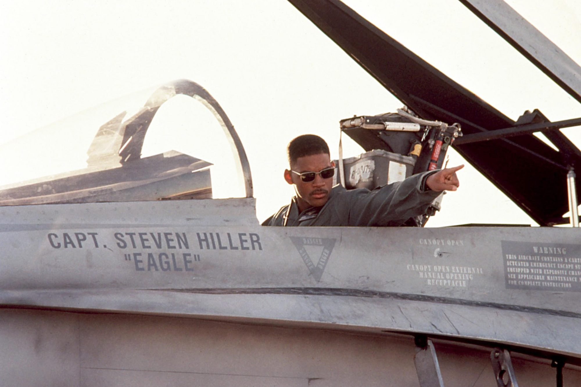 INDEPENDENCE DAY, Will Smith, 1996, TM and Copyright (c) 20th Century Fox Film Corp. All rights rese