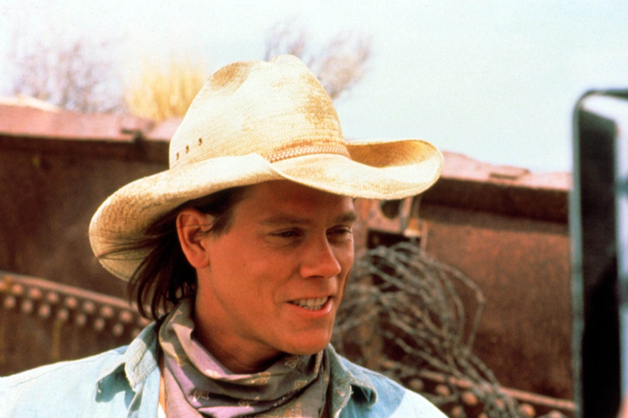 TREMORS, Kevin Bacon, 1990
