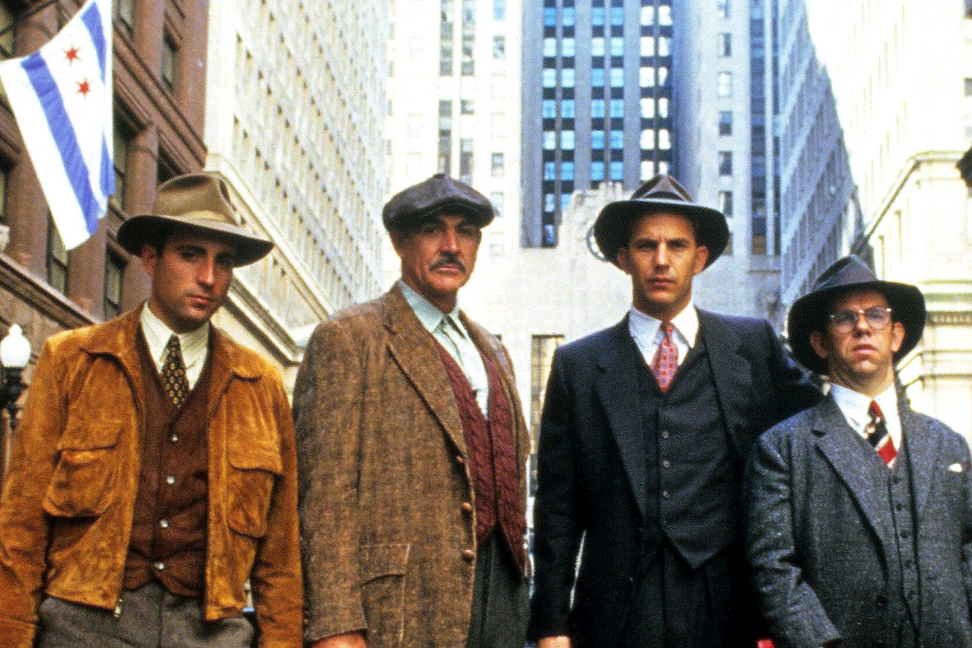 THE UNTOUCHABLES, Andy Garcia, Sean Connery, Kevin Costner, Charles Martin Smith, 1987. (c) Paramoun