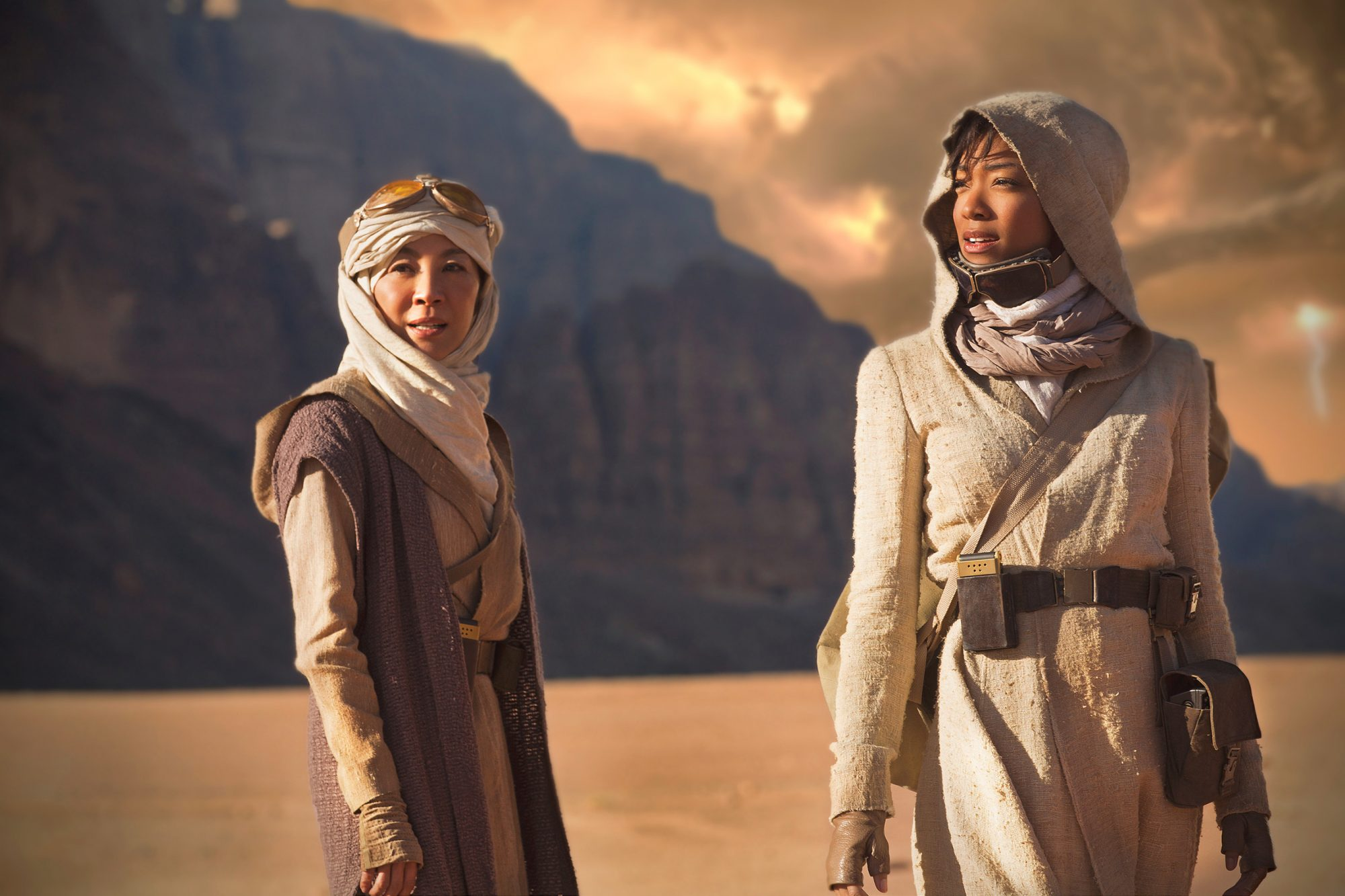 Michelle Yeoh as Captain Philippa Georgiou and Sonequa Martin-Green as First Officer Michael Burnham on a mission that was filmed in Jordan.