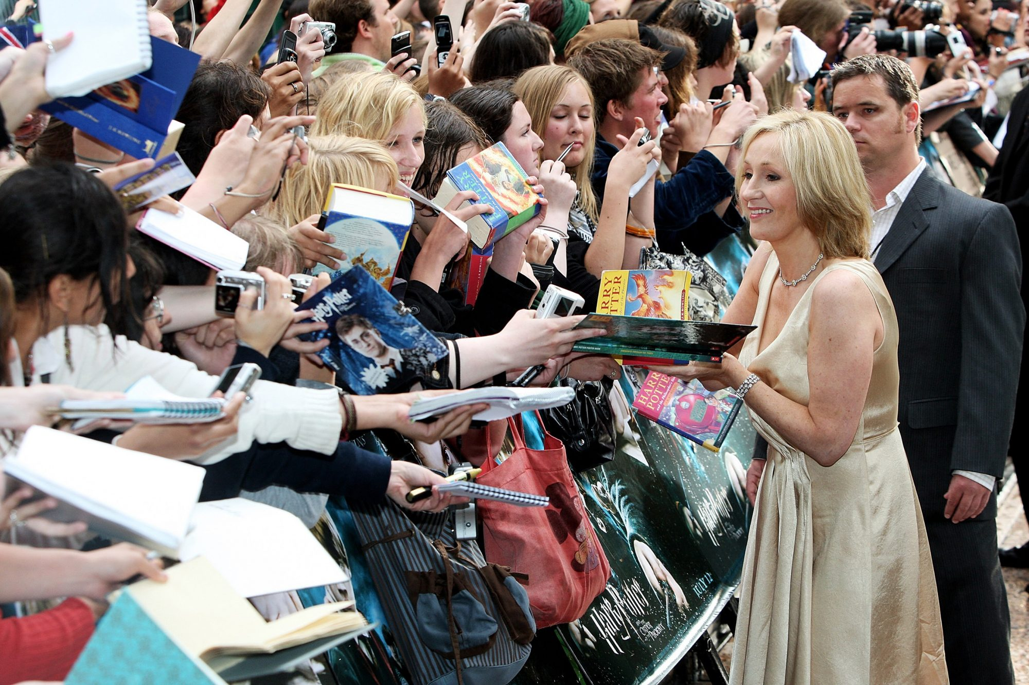 Harry Potter And The Order Of The Phoenix - Arrivals