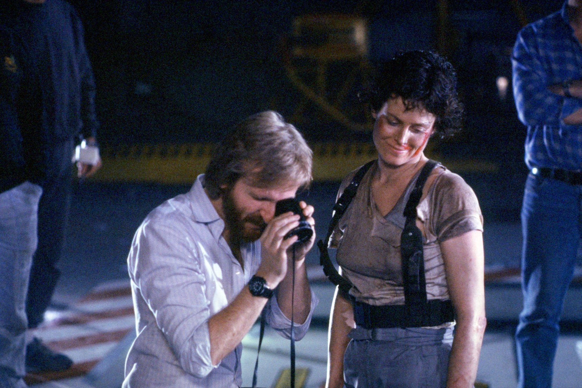ALIENS, from left: director James Cameron, Sigourney Weaver, on set, 1986, TM and Copyright © 20th