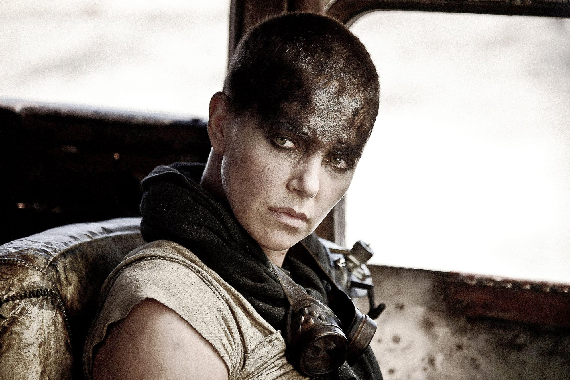 MAD MAX: FURY ROAD, Charlize Theron, 2015. ph: Jasin Boland/©Warner Bros. Pictures/courtesy Everett