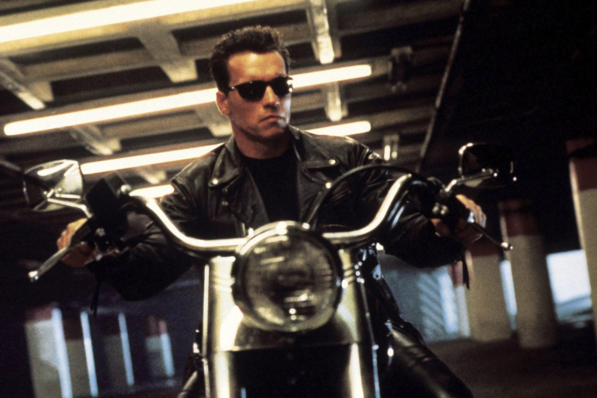 TERMINATOR 2: JUDGMENT DAY, Arnold Schwarzenegger, 1991, ©TriStar Pictures/courtesy Everett Collecti
