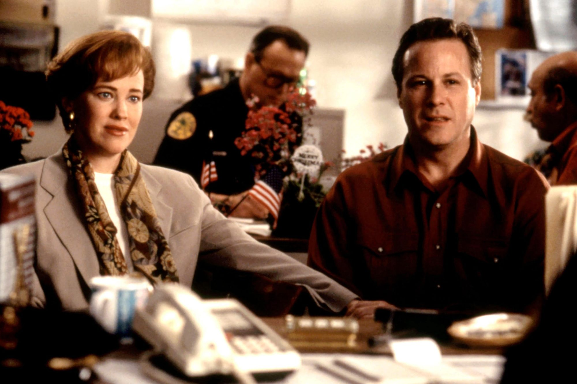 HOME ALONE 2: LOST IN NEW YORK, Catherine O'Hara, John Heard, 1992. TM and © 20th Century Fox Film C