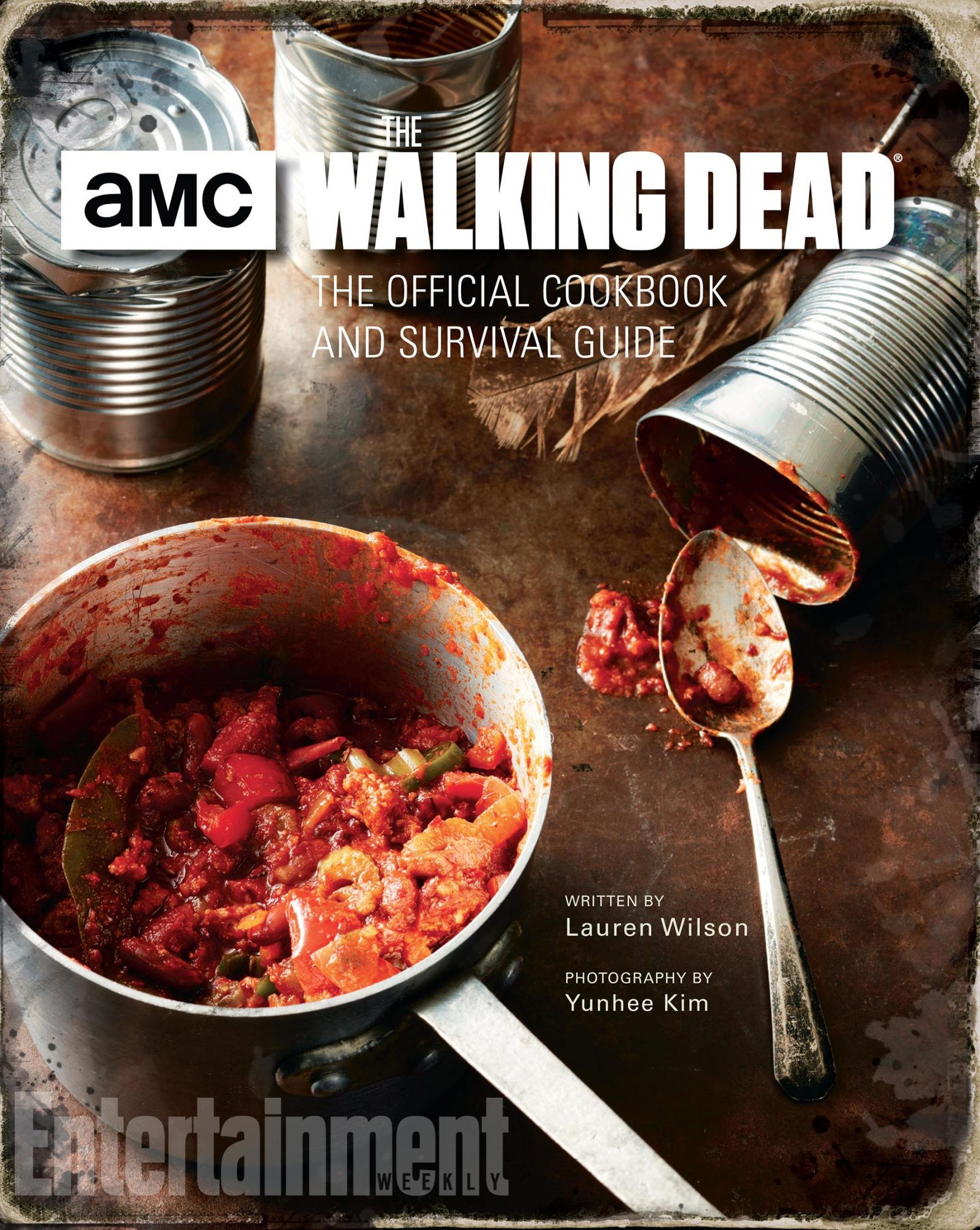 19284_WalkingDeadCBk_Case_070317.indd