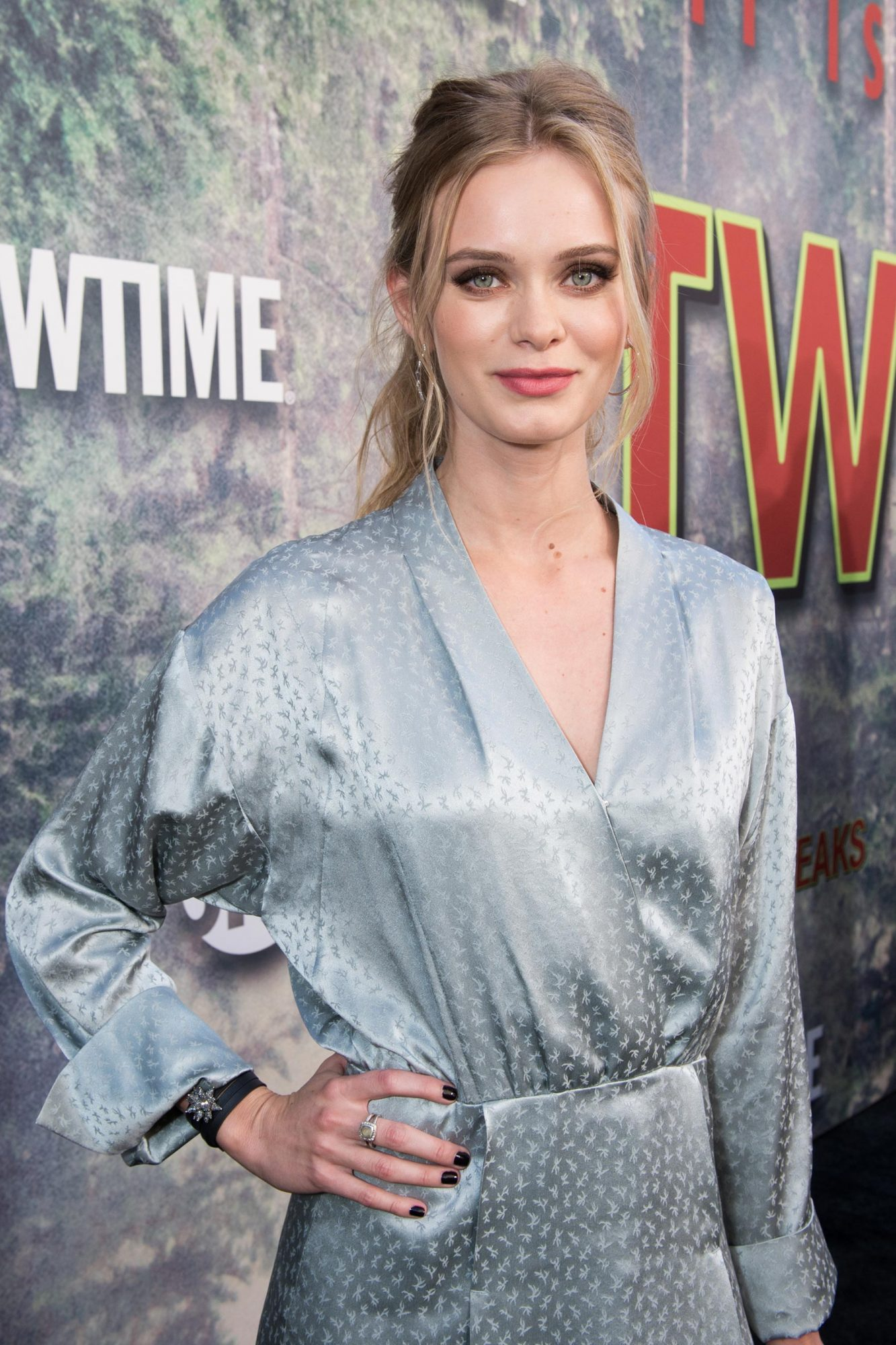 """Premiere Of Showtime's """"Twin Peaks"""" - Red Carpet"""