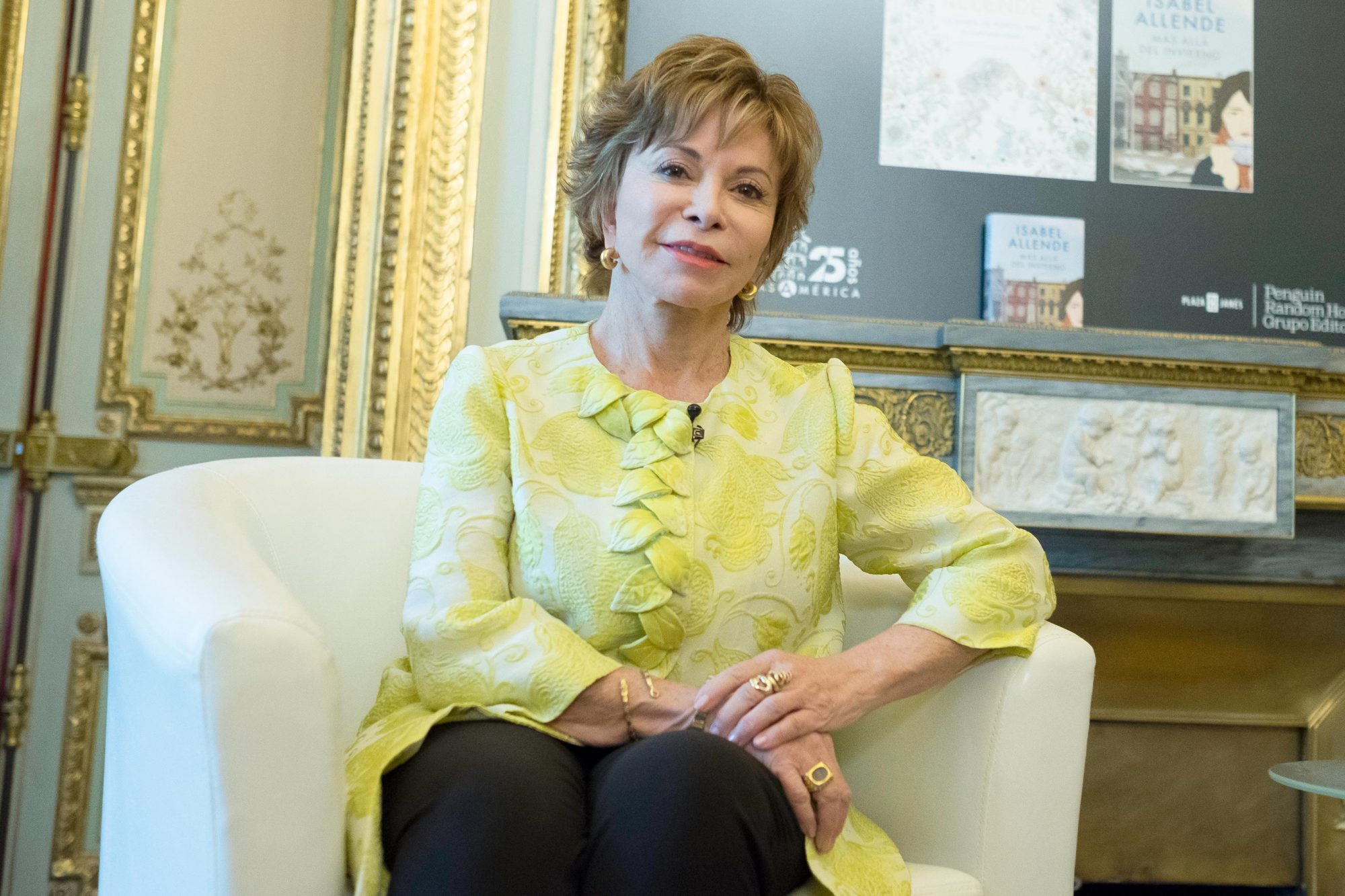 Isabel Allende present her book 'Mas alla del invierno'
