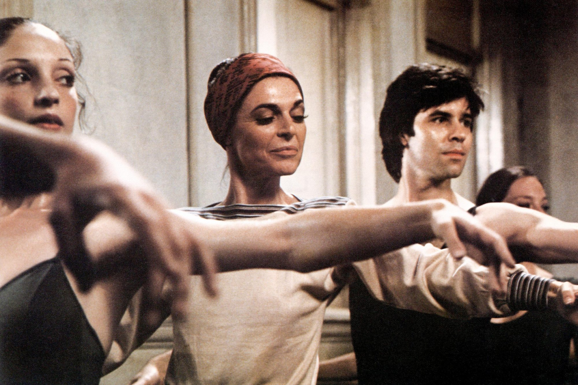 THE TURNING POINT, Anne Bancroft (center), 1977