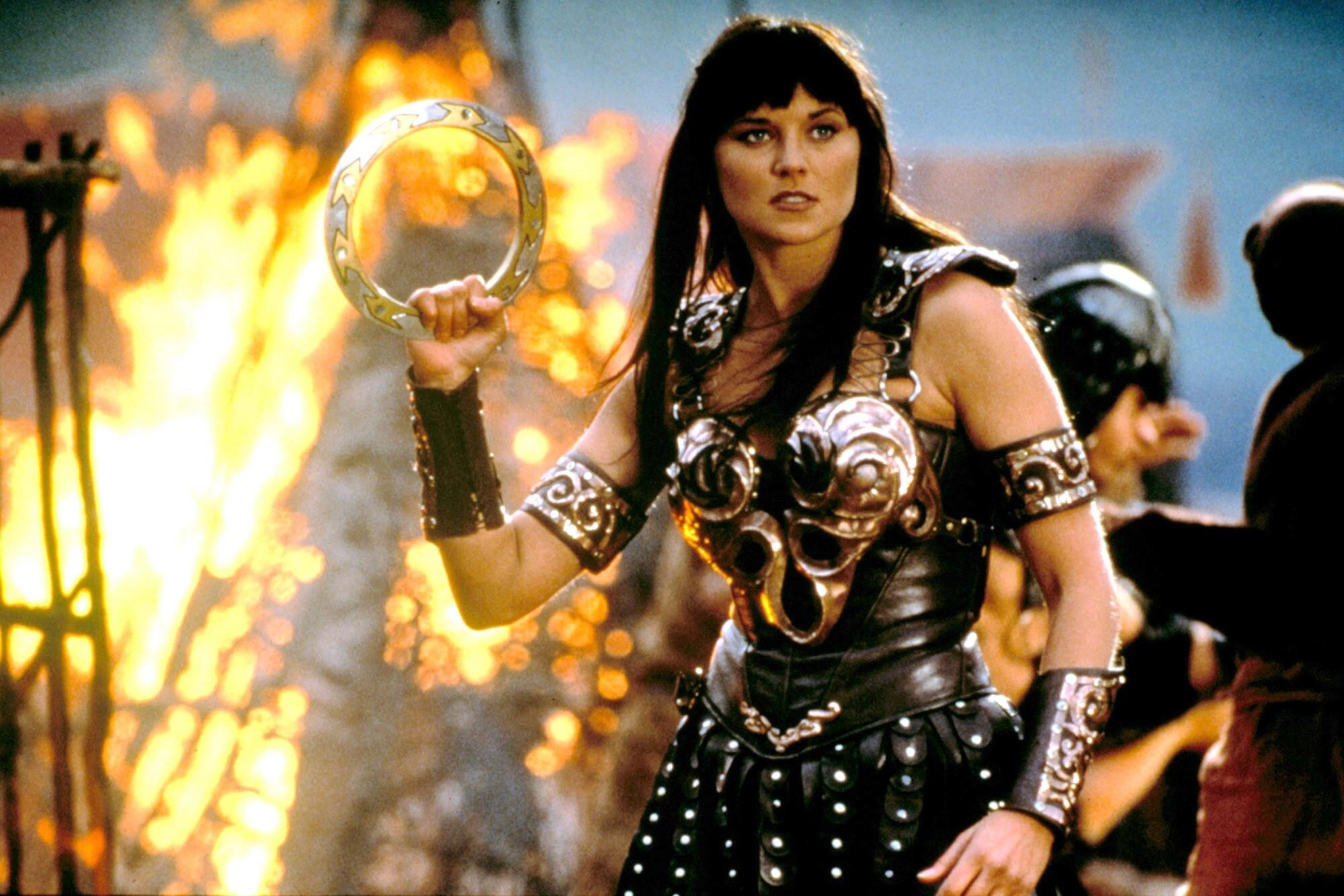 Lucy Lawless And Renee O'Connor With Granddaughters On Halloween 2020 Xena: Warrior Princess reboot scrapped at NBC | EW.com