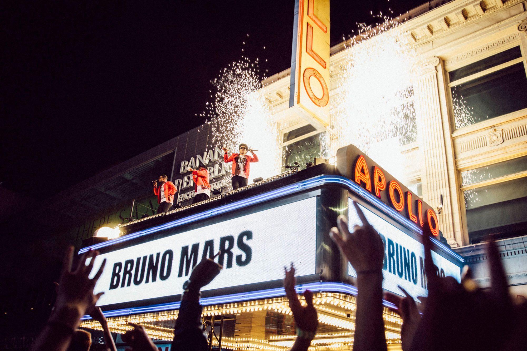 Bruno Mars - Apollo Photo 1