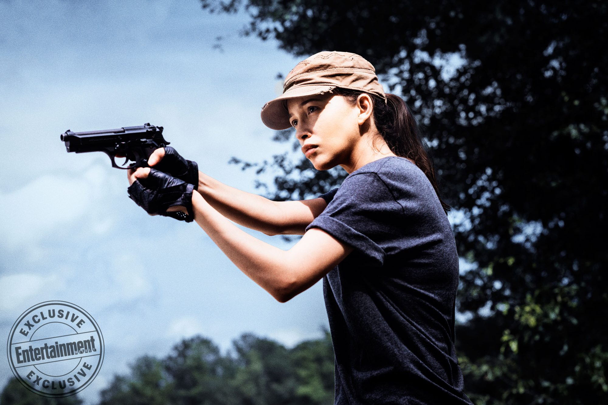 Christian-Serratos-as-Rosita-Espinosa --The-Walking-Dead-_-Season-8,-Gallery---Photo-Credit-Carlos-Serrao,-AMC