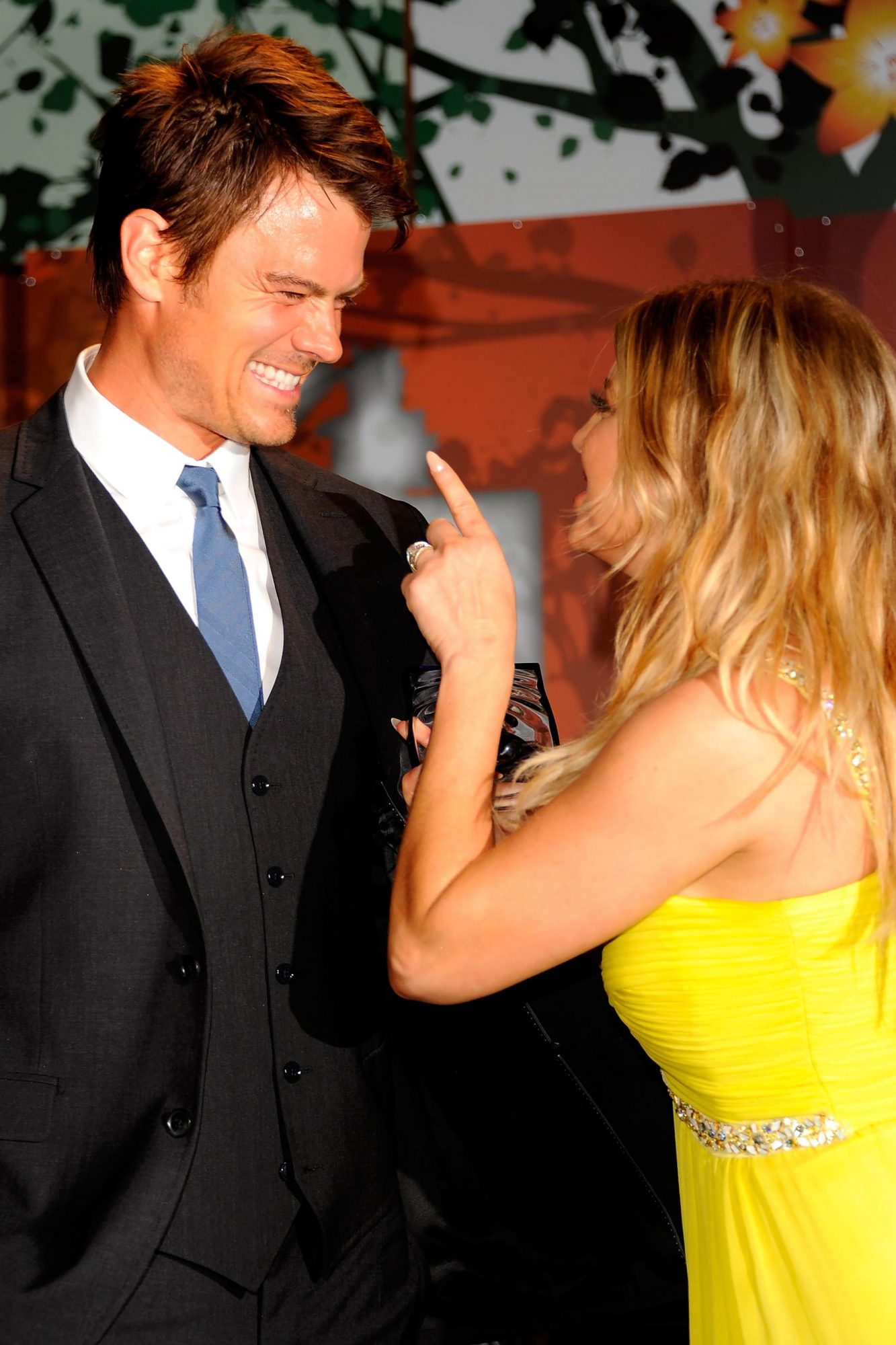 Fergie and Josh Duhamel at the 2011 FiFi Awards on May 25, 2011