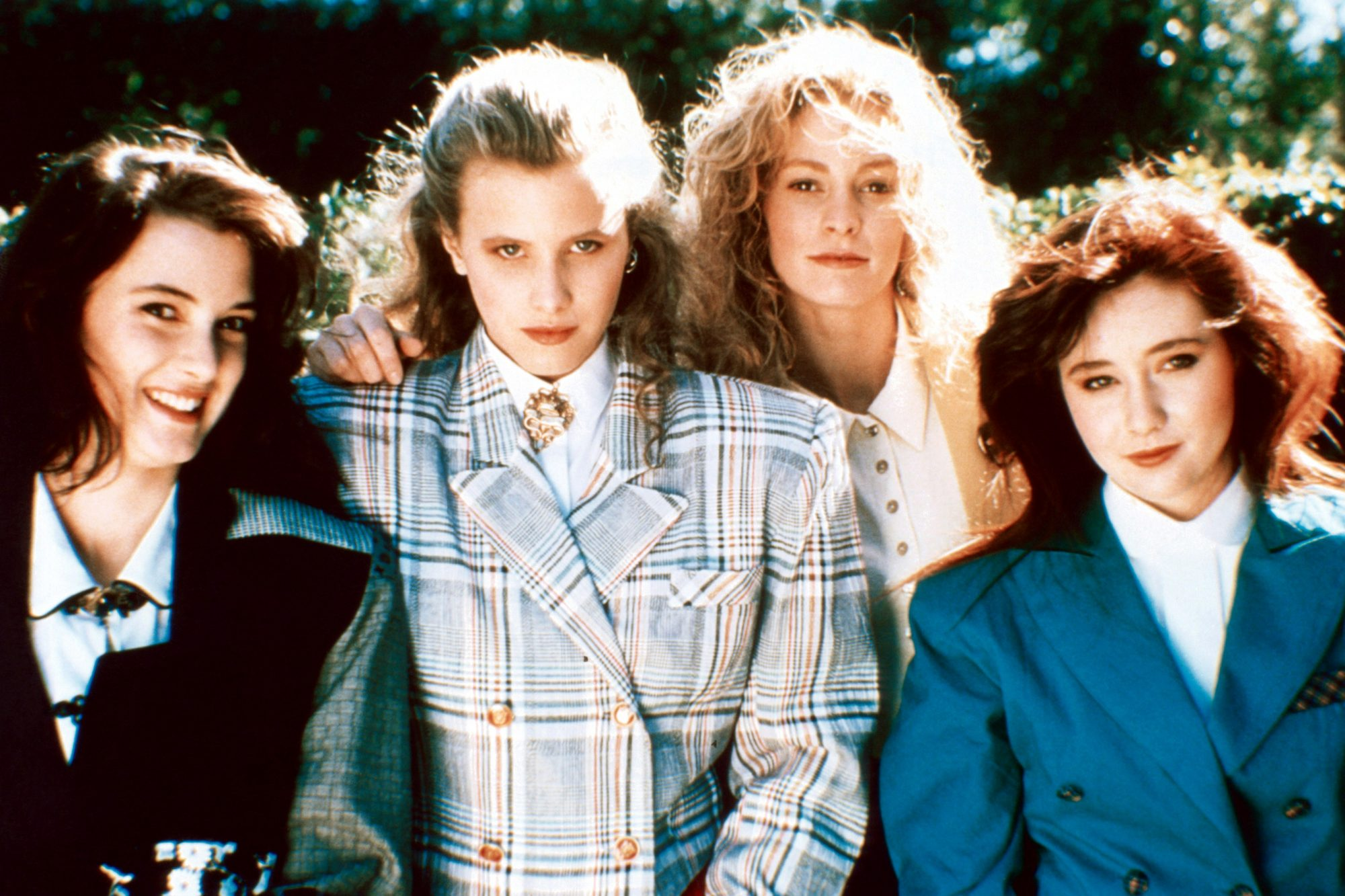 HEATHERS, from left: Winona Ryder, Kim Walker, Lisanne Falk, Shannon Doherty, 1988, © New World/cour